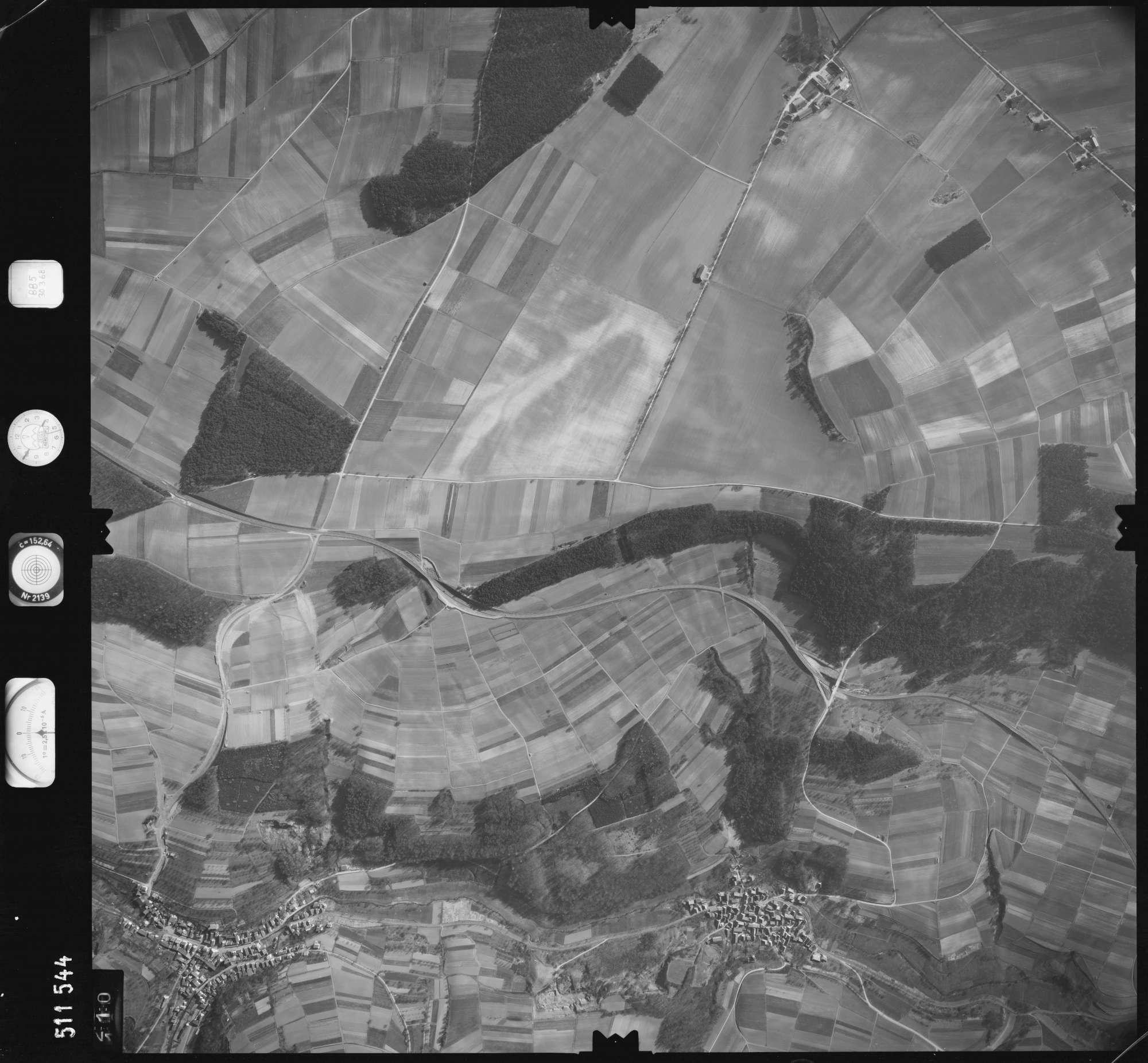 Luftbild: Film 885 Bildnr. 110, Bild 1
