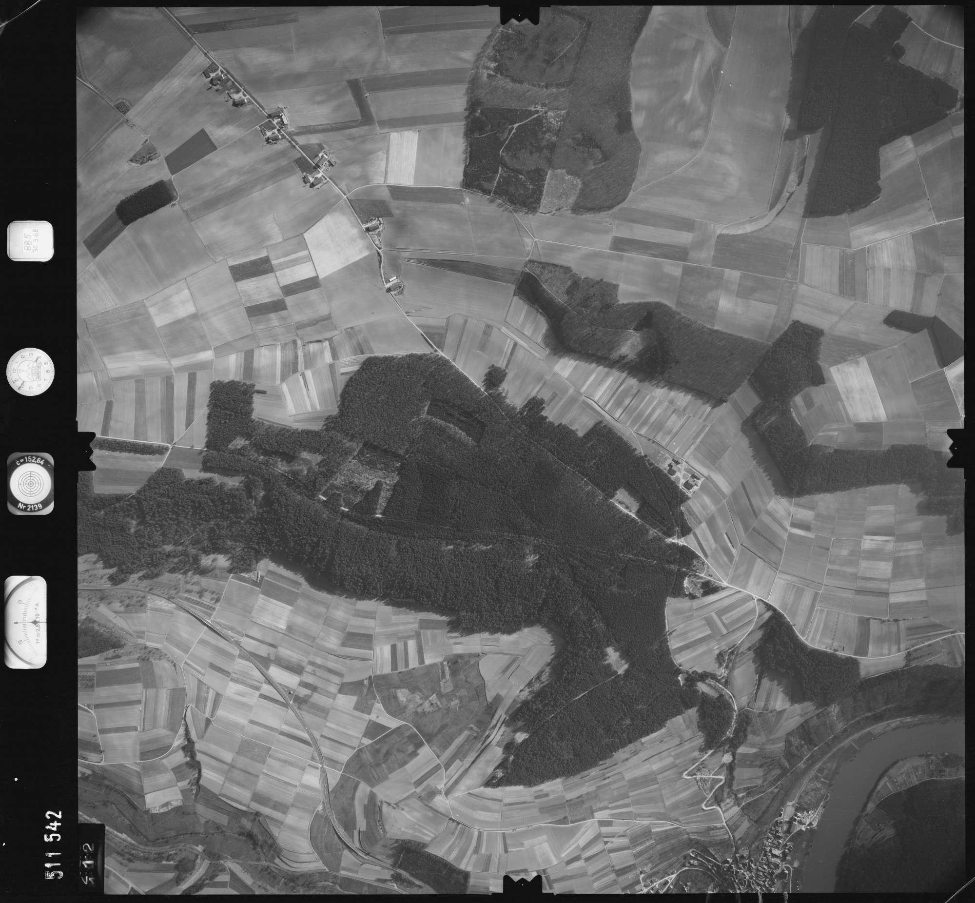 Luftbild: Film 885 Bildnr. 112, Bild 1