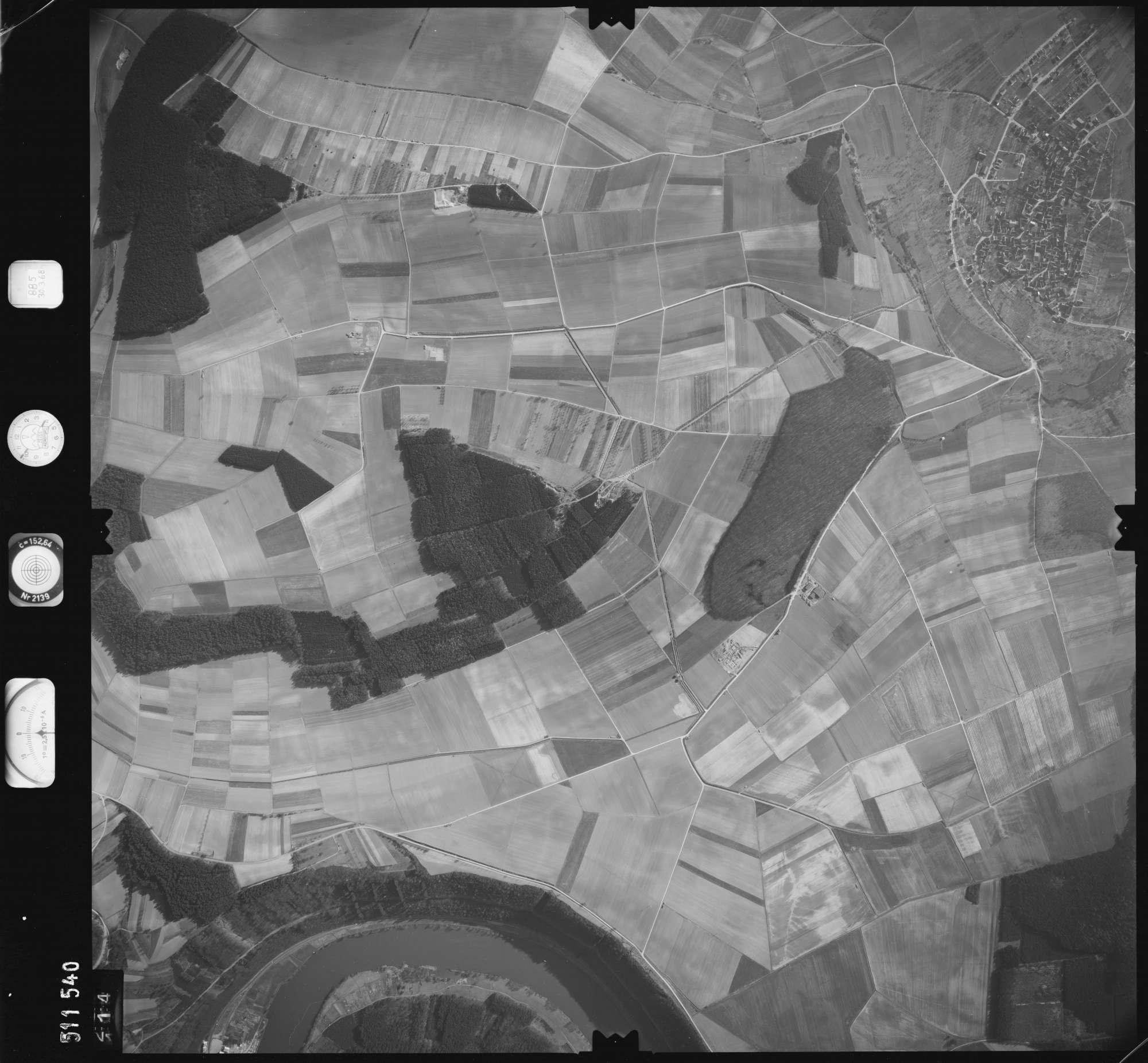 Luftbild: Film 885 Bildnr. 114, Bild 1