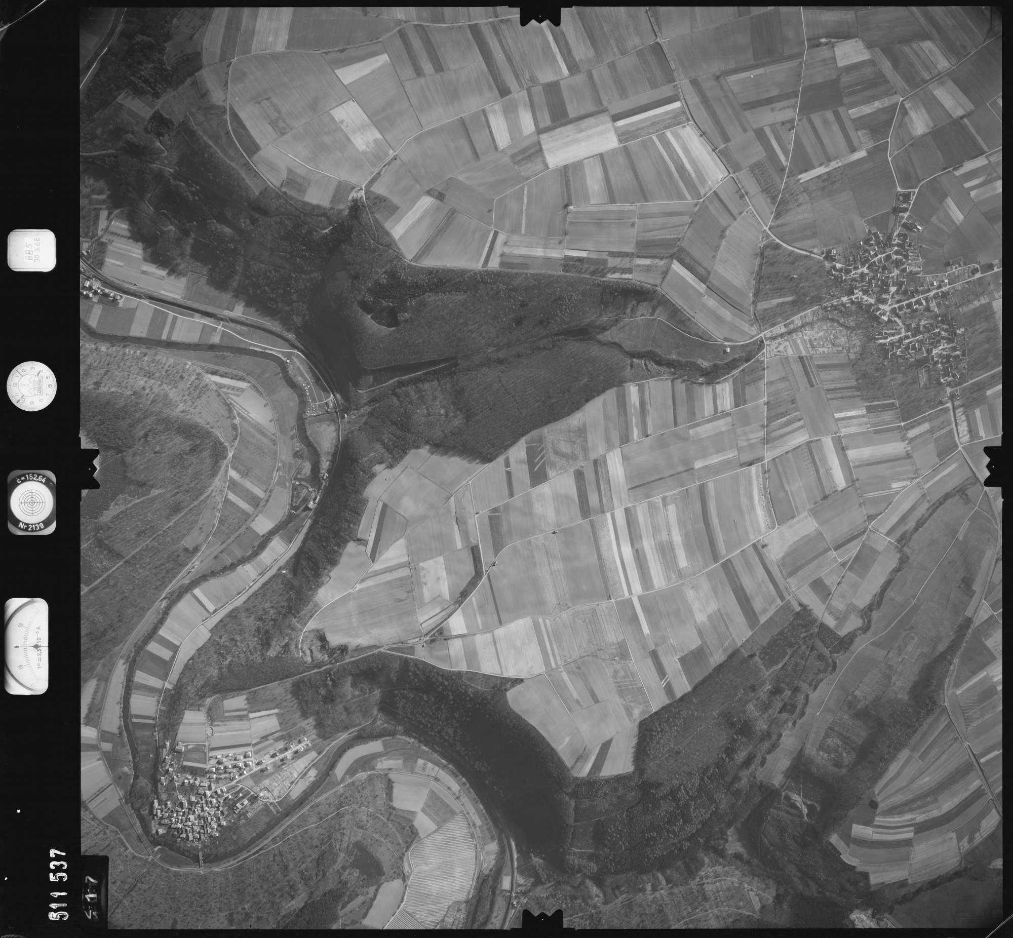 Luftbild: Film 885 Bildnr. 117, Bild 1