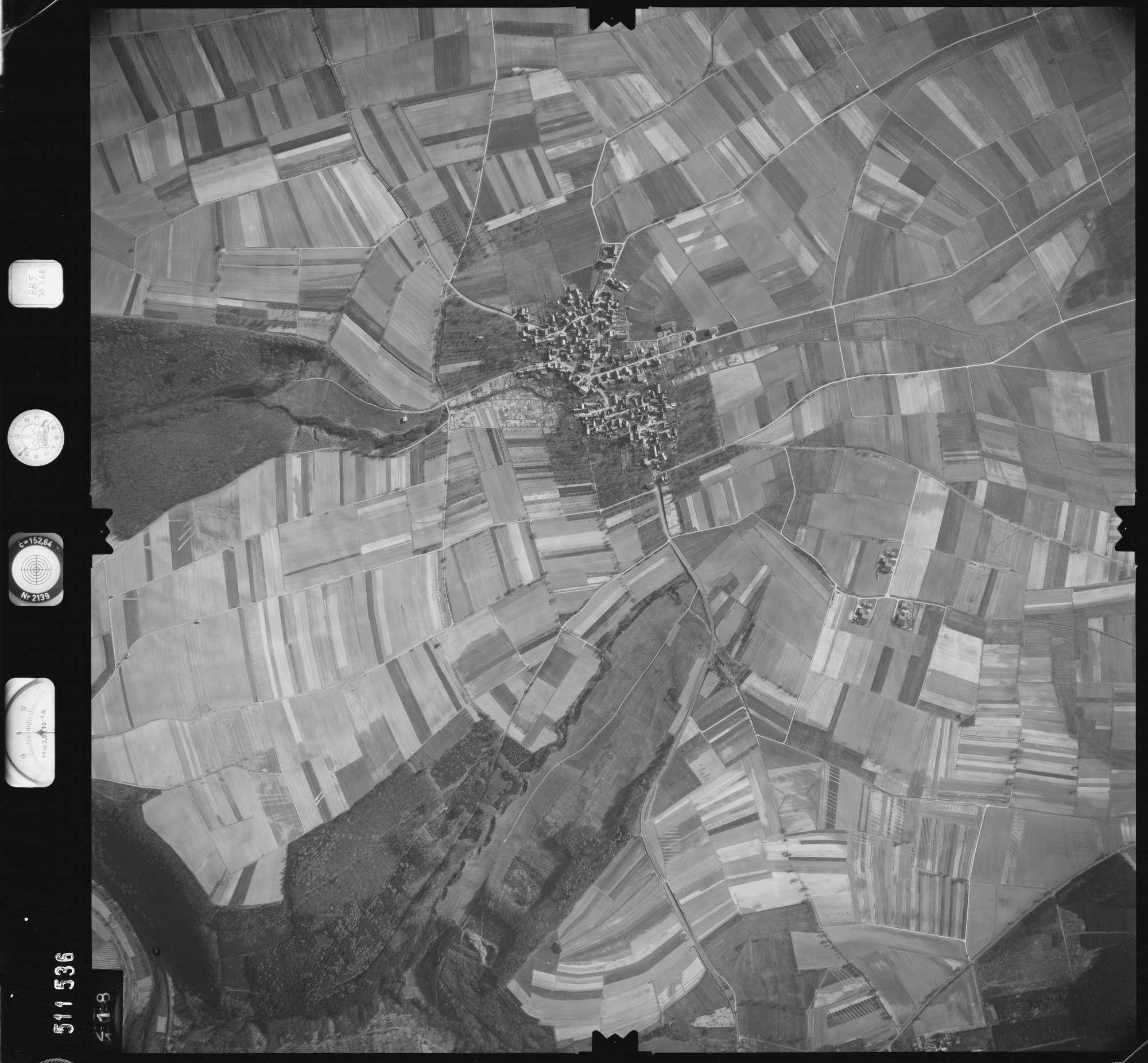 Luftbild: Film 885 Bildnr. 118, Bild 1