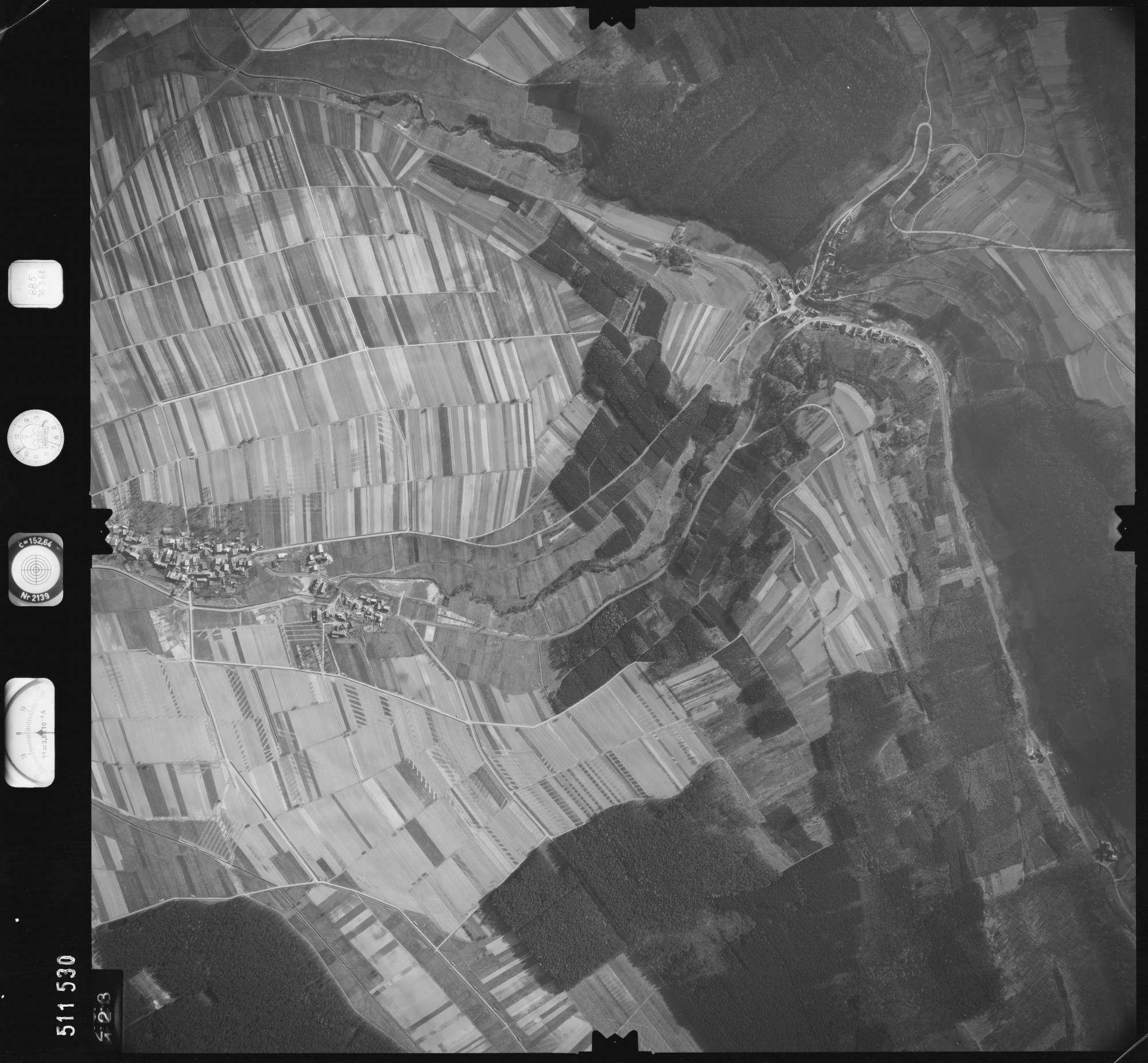 Luftbild: Film 885 Bildnr. 123, Bild 1