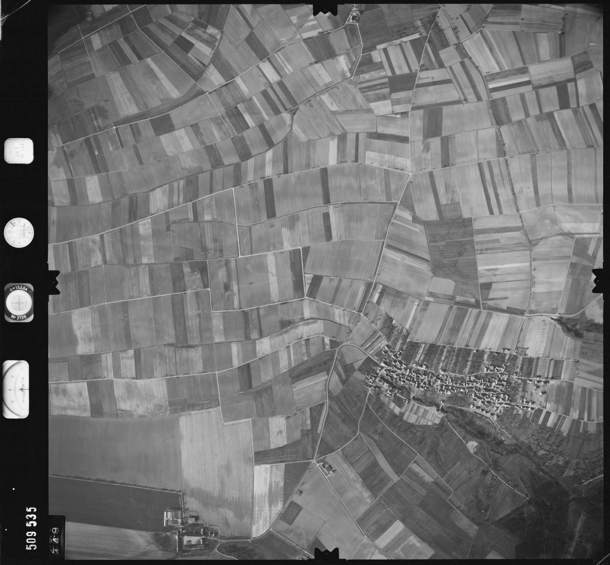 Luftbild: Film 885 Bildnr. 149, Bild 1
