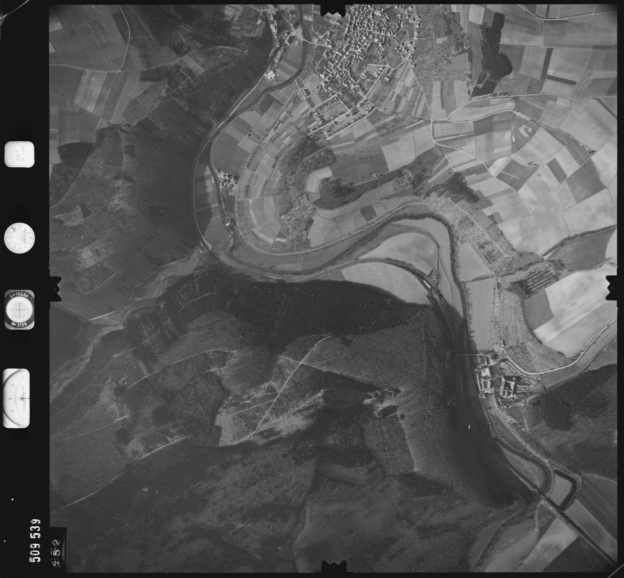 Luftbild: Film 885 Bildnr. 152, Bild 1