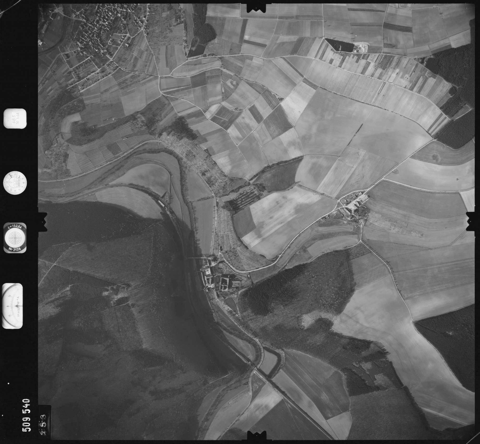 Luftbild: Film 885 Bildnr. 153, Bild 1