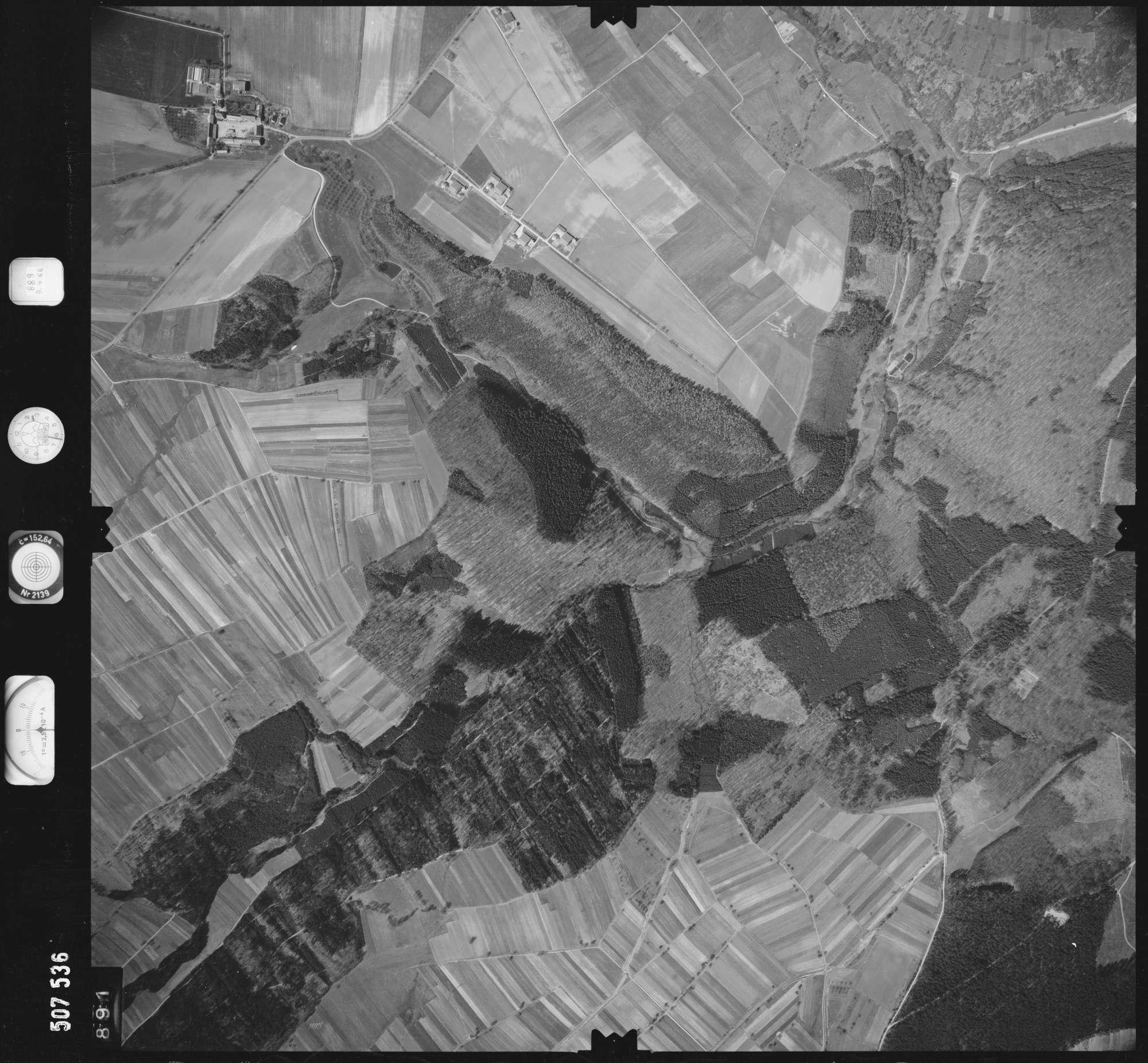 Luftbild: Film 890 Bildnr. 891, Bild 1