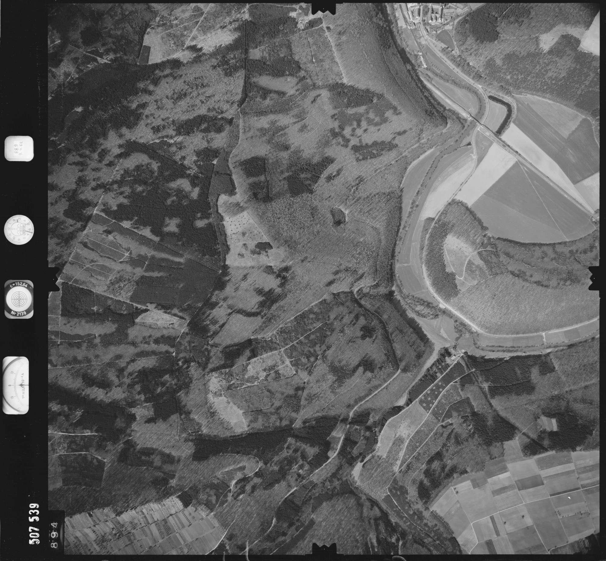 Luftbild: Film 890 Bildnr. 894, Bild 1