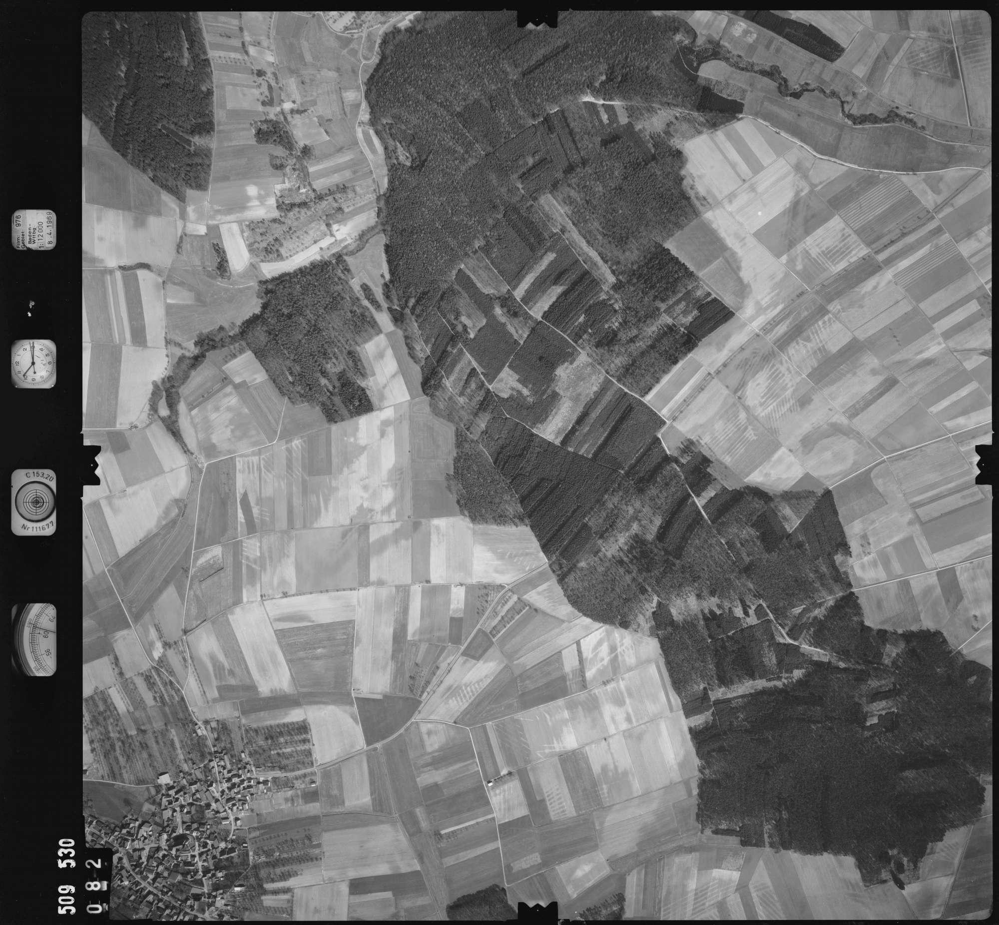 Luftbild: Film 976 Bildnr. 82, Bild 1