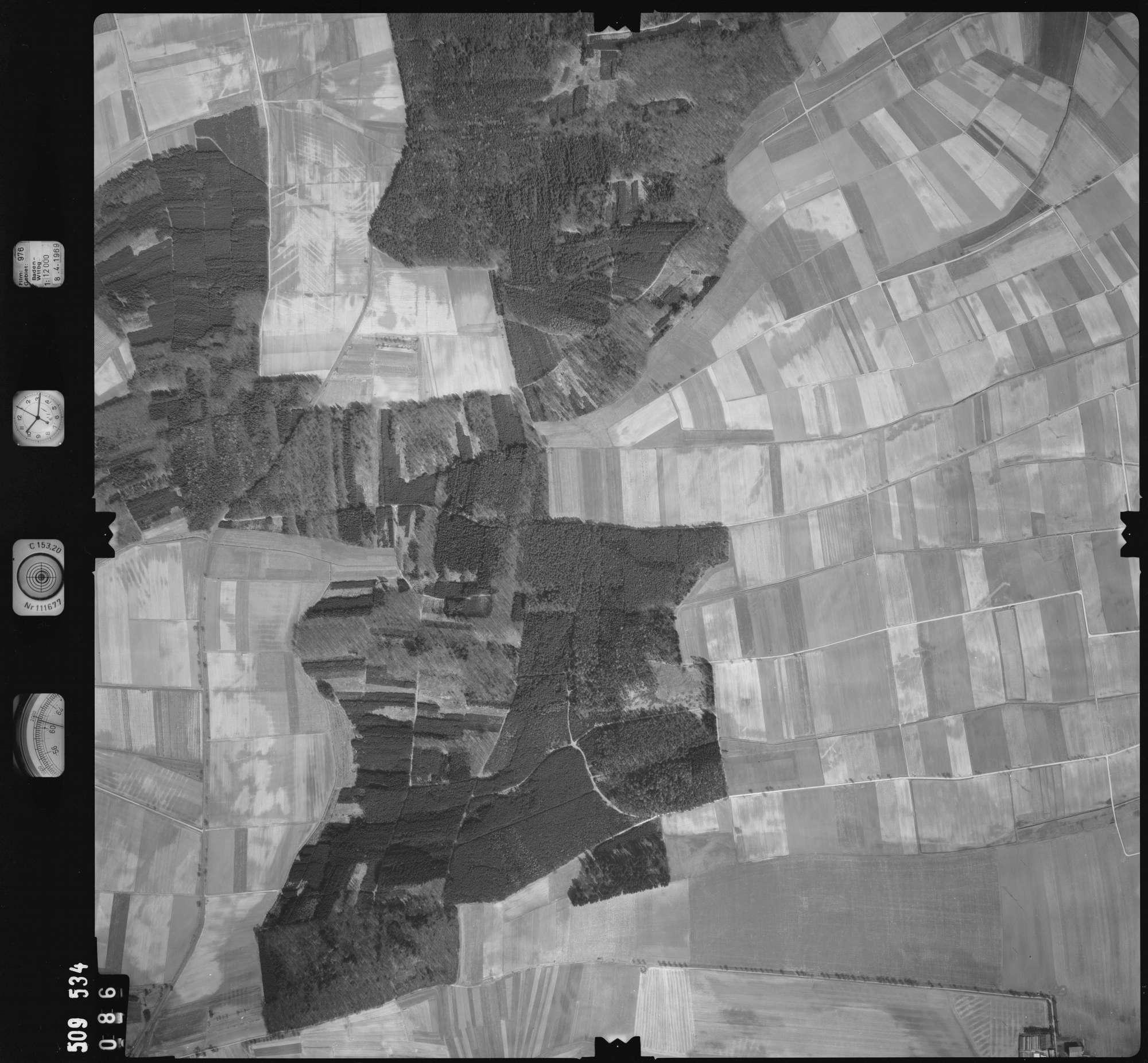Luftbild: Film 976 Bildnr. 86, Bild 1