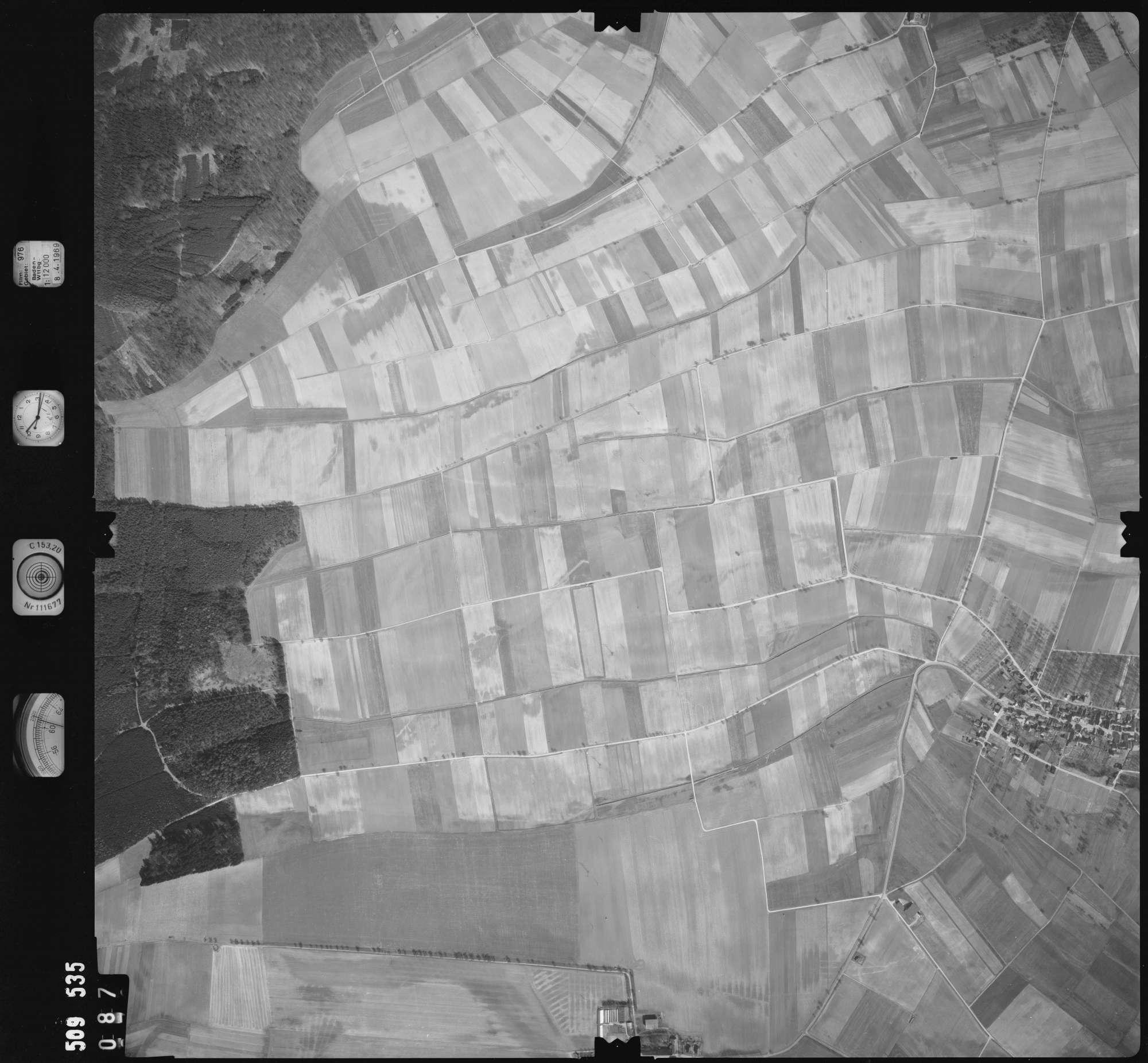 Luftbild: Film 976 Bildnr. 87, Bild 1