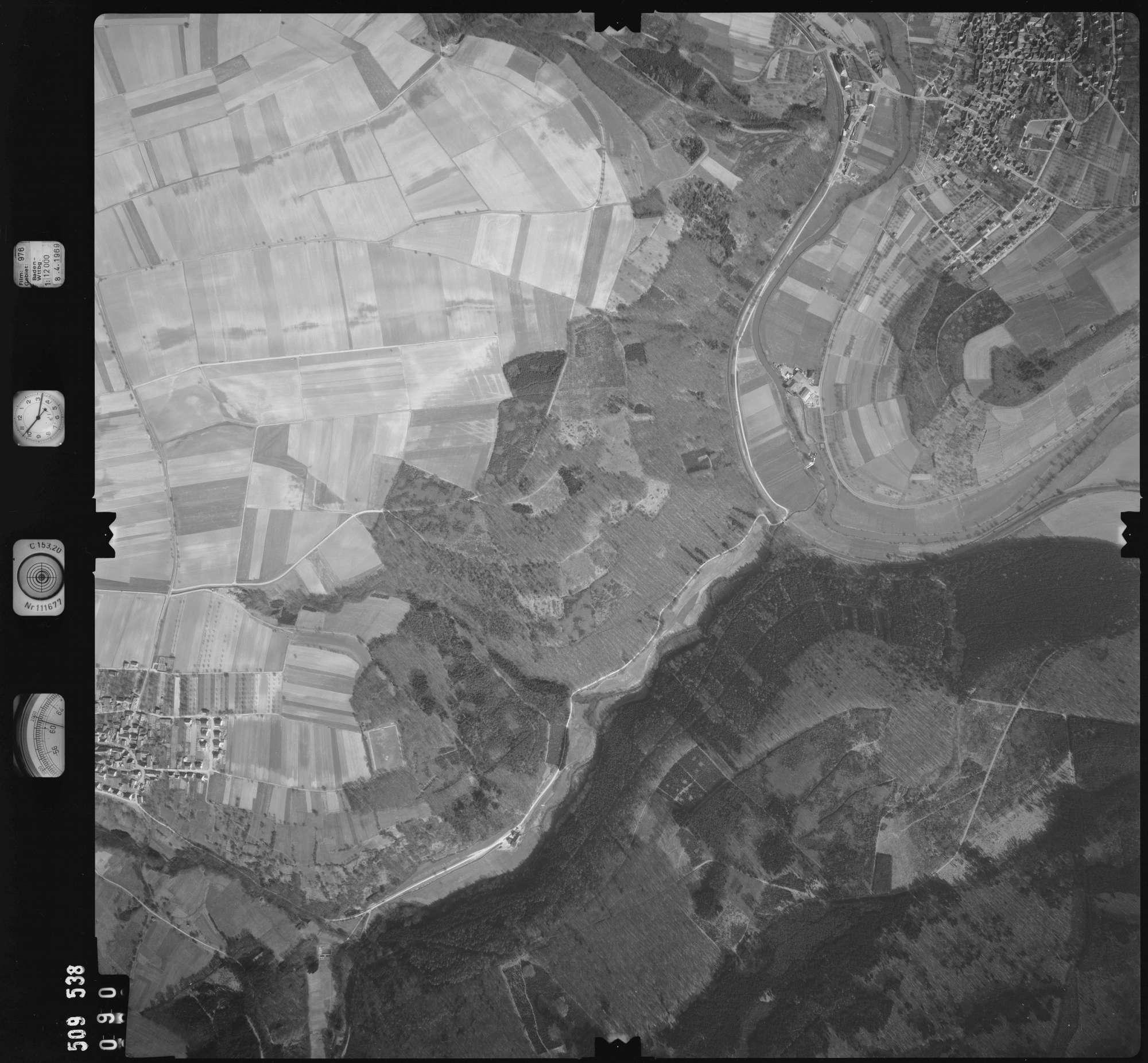 Luftbild: Film 976 Bildnr. 90, Bild 1