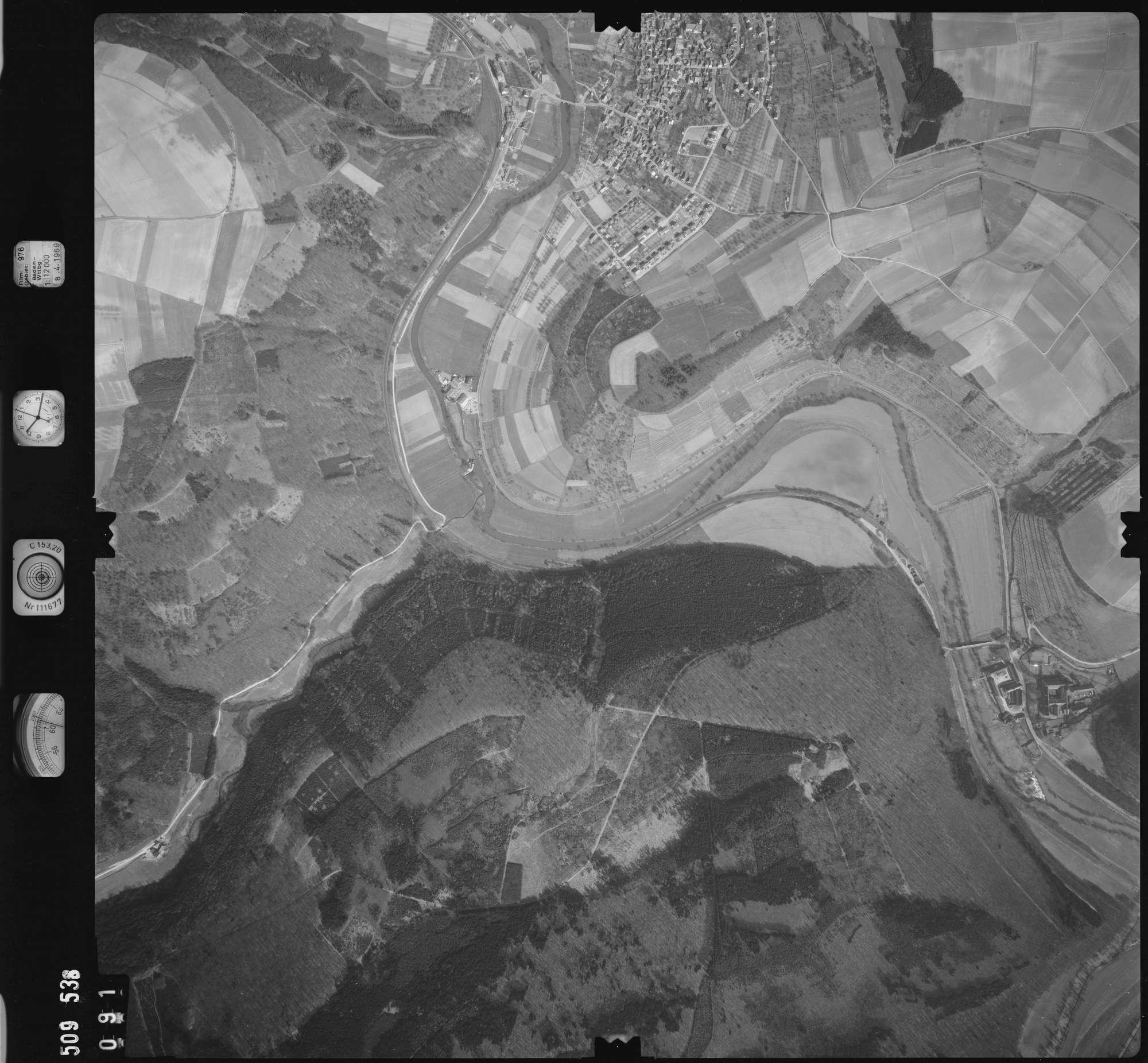 Luftbild: Film 976 Bildnr. 91, Bild 1