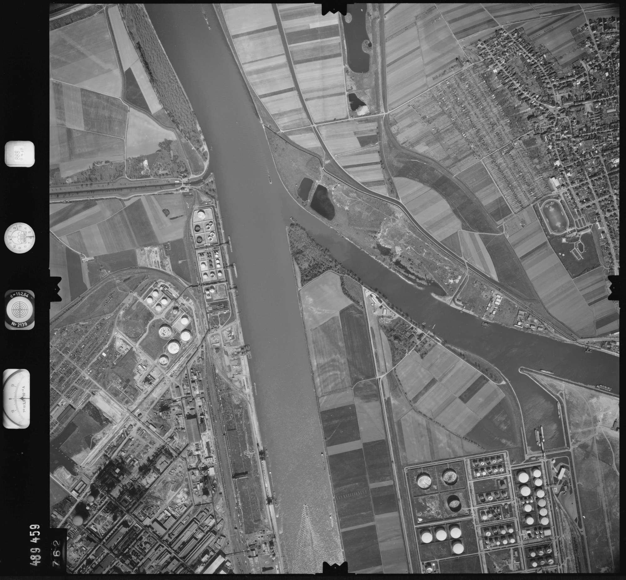 Luftbild: Film 888 Bildnr. 762, Bild 1