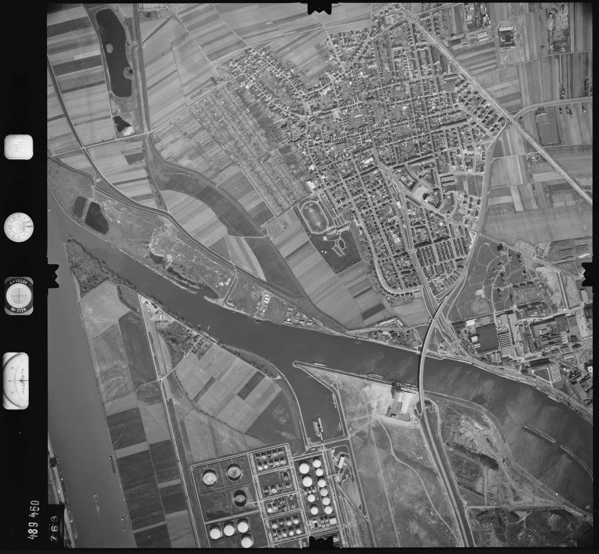 Luftbild: Film 888 Bildnr. 763, Bild 1