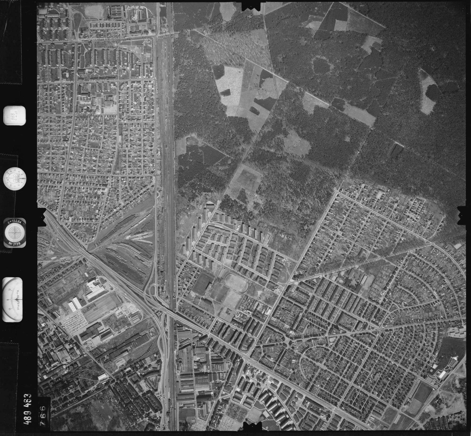 Luftbild: Film 888 Bildnr. 766, Bild 1