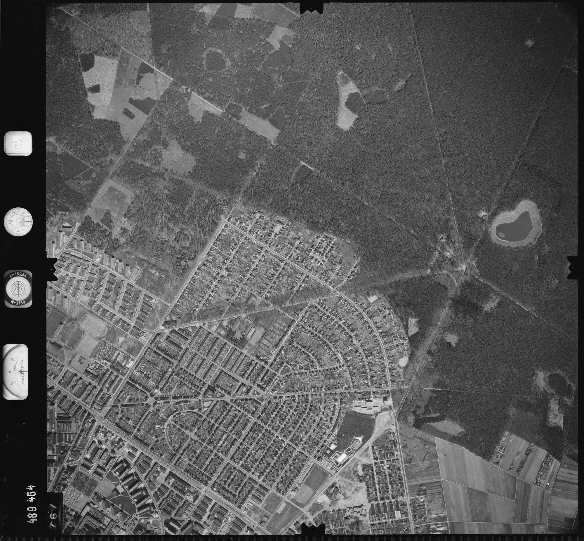 Luftbild: Film 888 Bildnr. 767, Bild 1