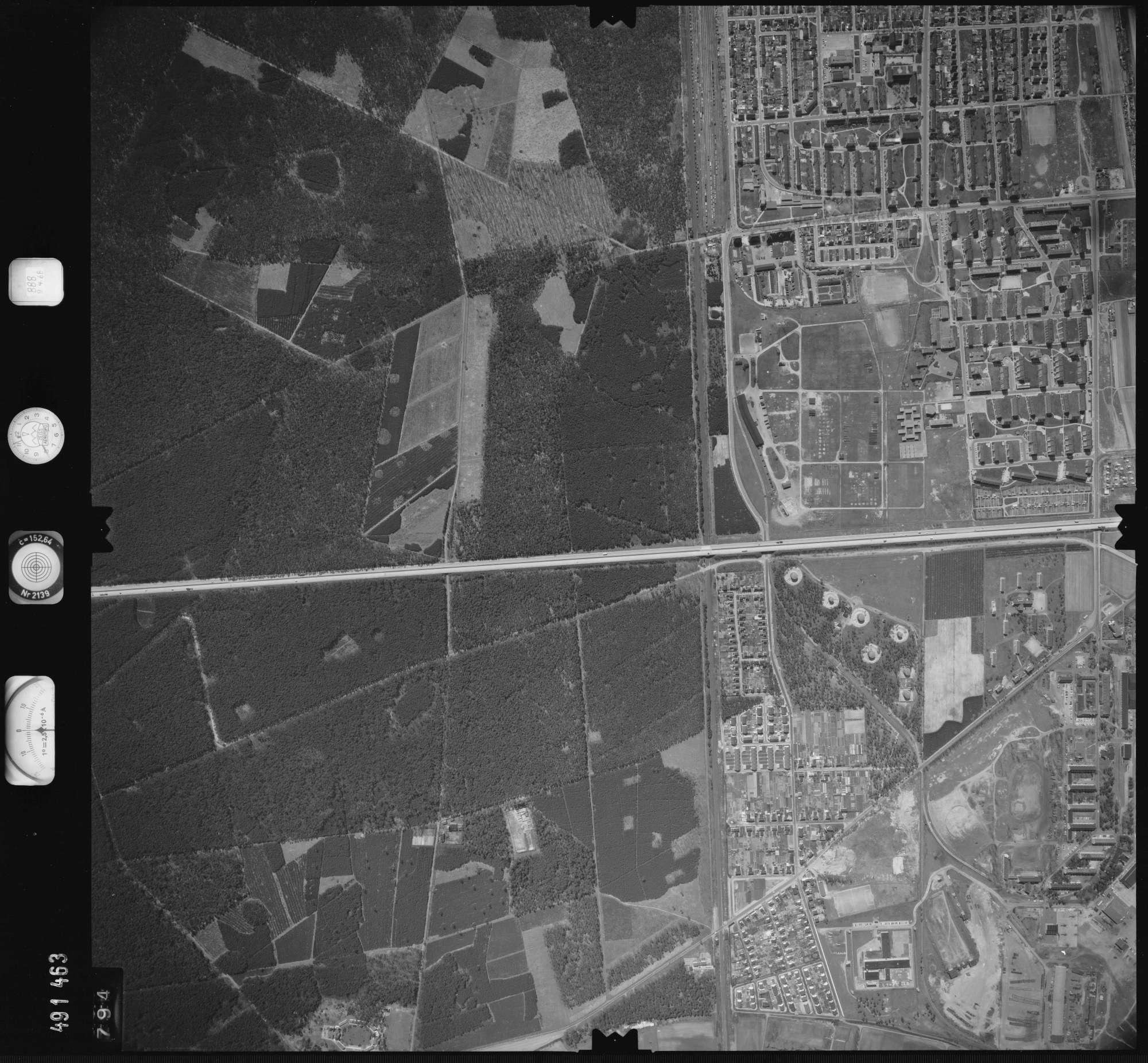 Luftbild: Film 888 Bildnr. 794, Bild 1