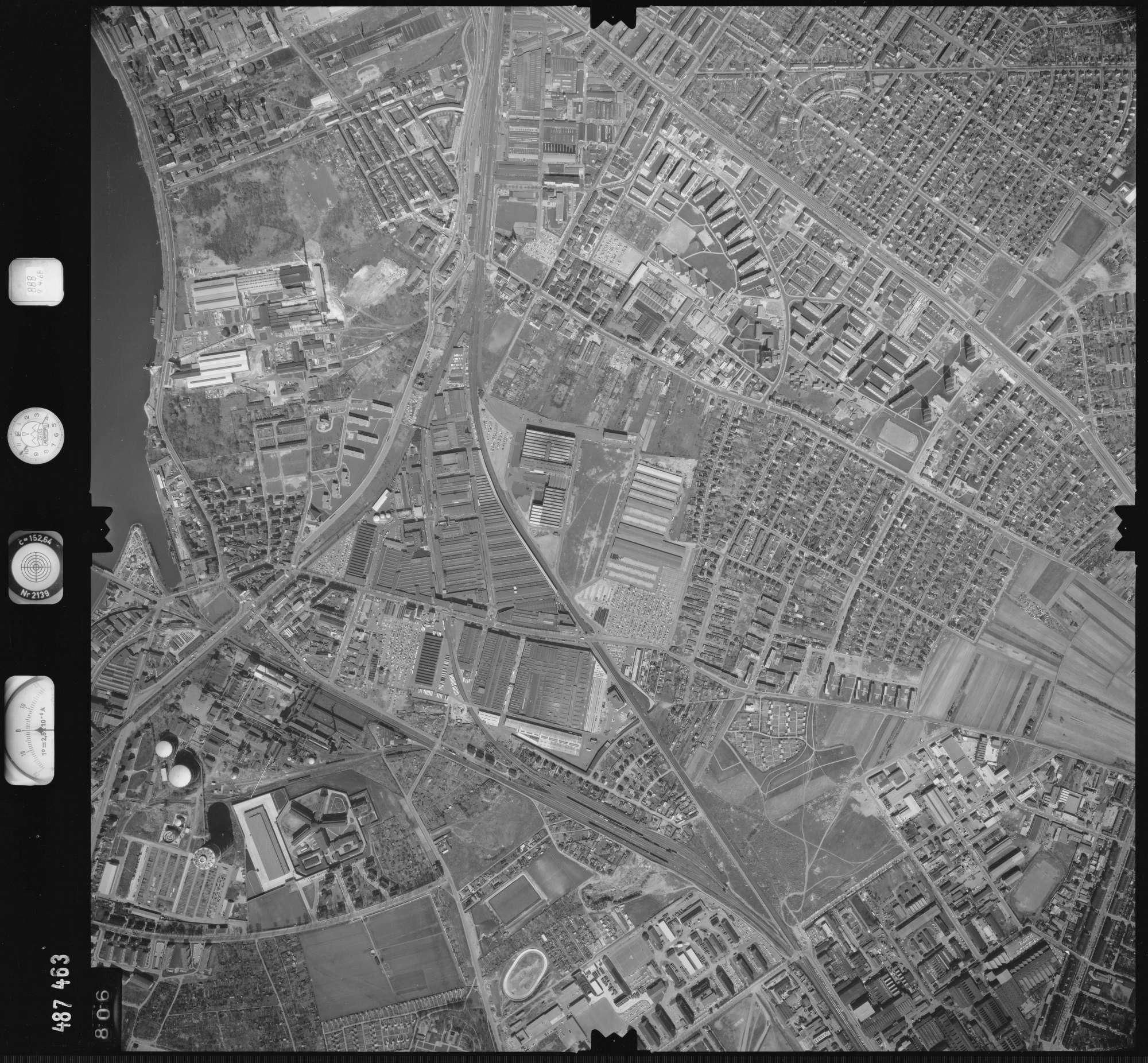Luftbild: Film 888 Bildnr. 806, Bild 1