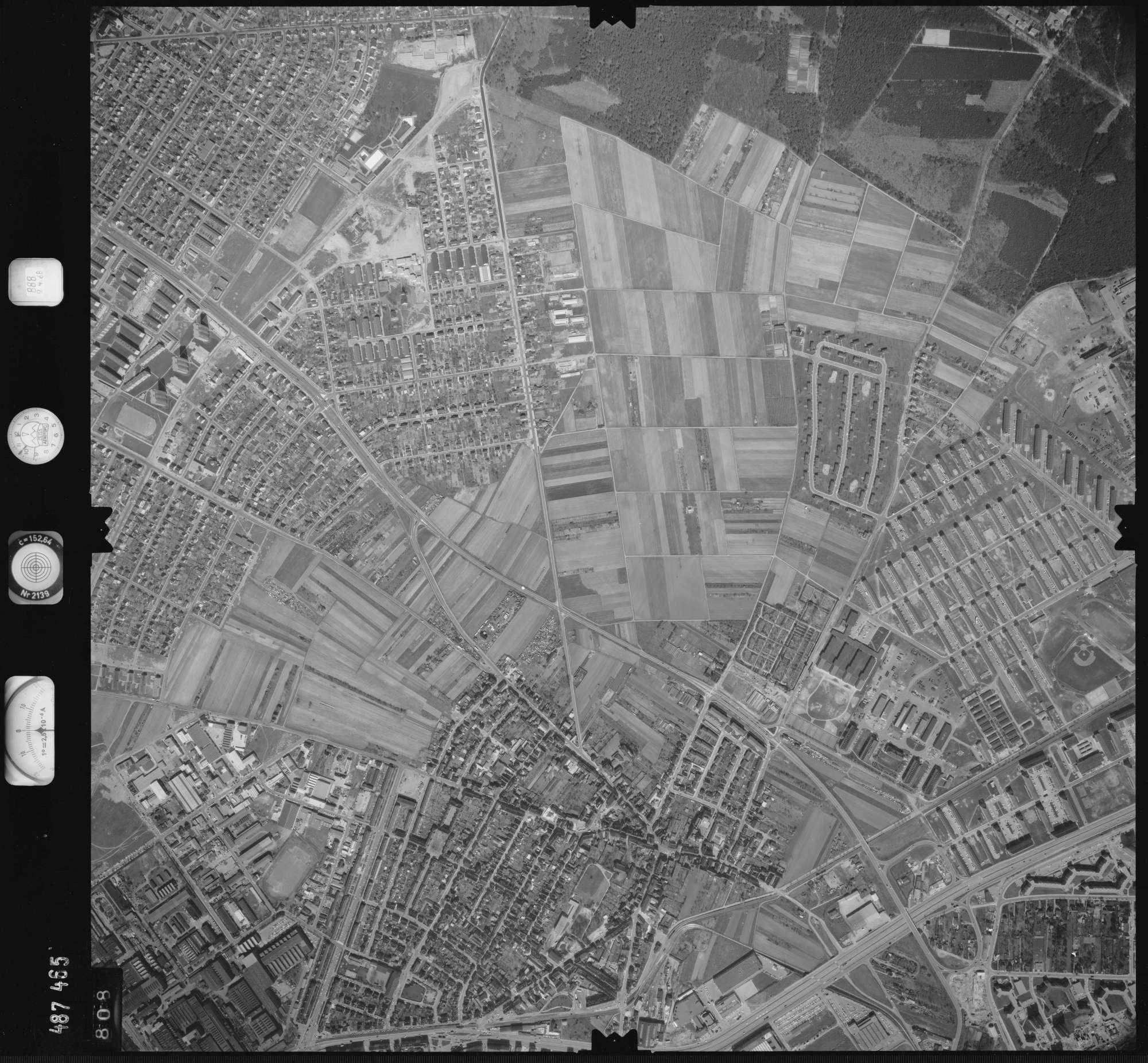 Luftbild: Film 888 Bildnr. 808, Bild 1