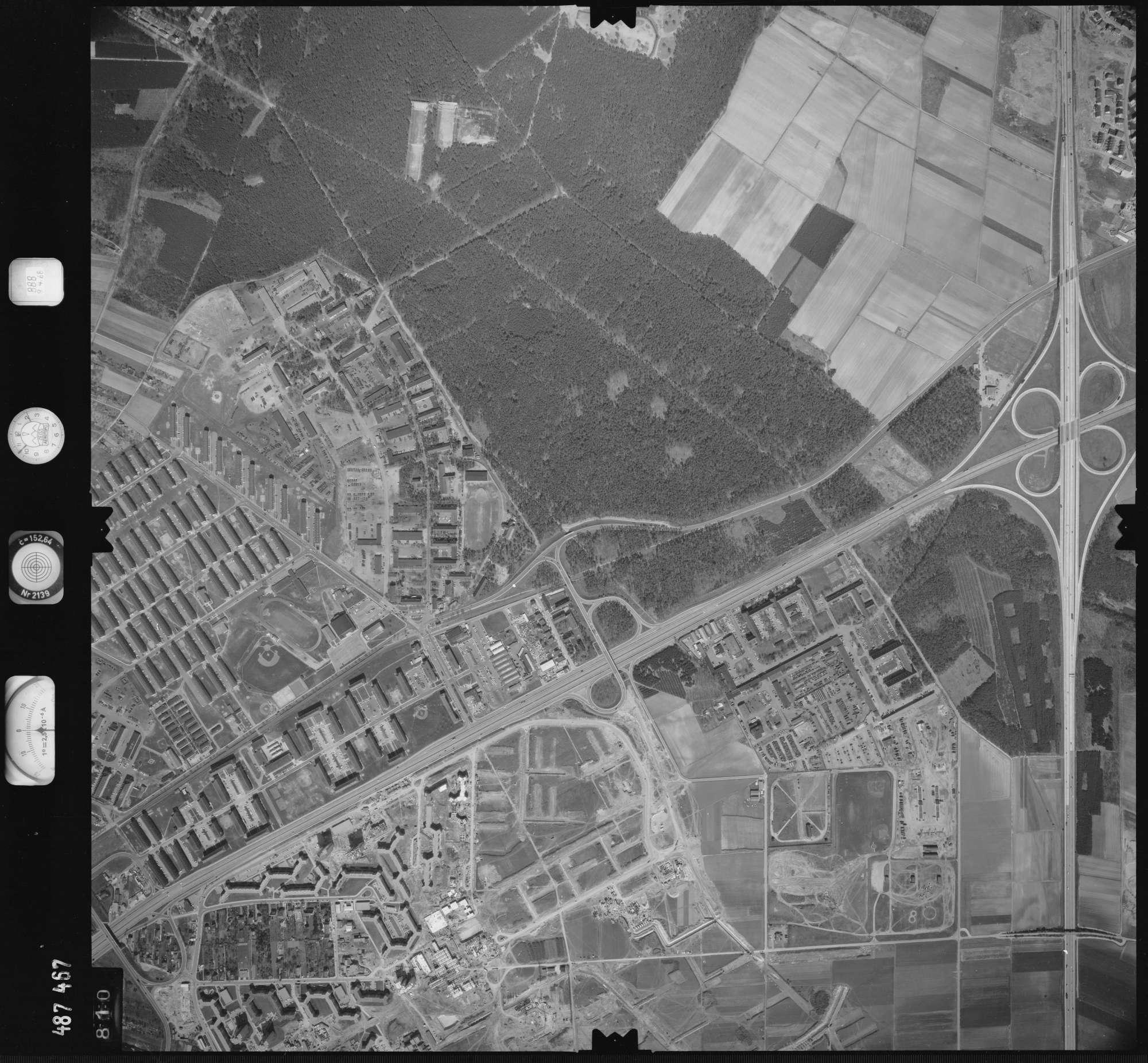 Luftbild: Film 888 Bildnr. 810, Bild 1