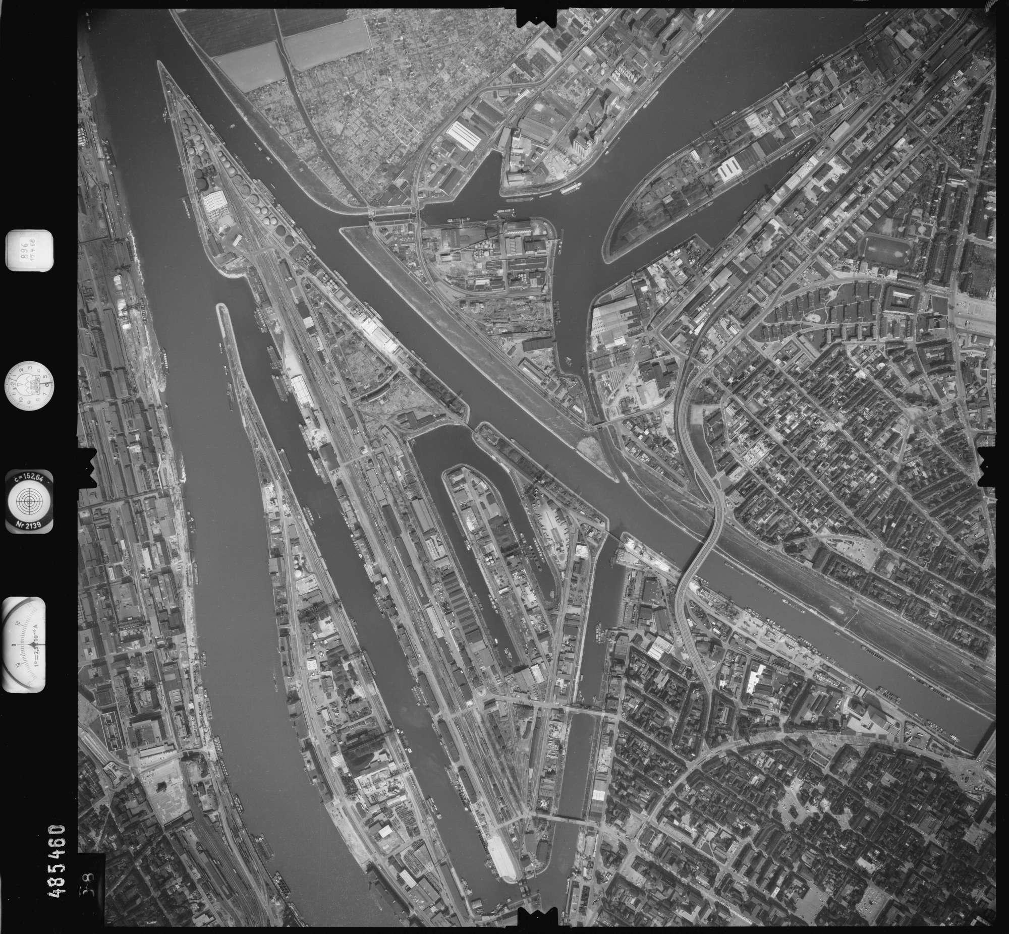 Luftbild: Film 896 Bildnr. 388, Bild 1