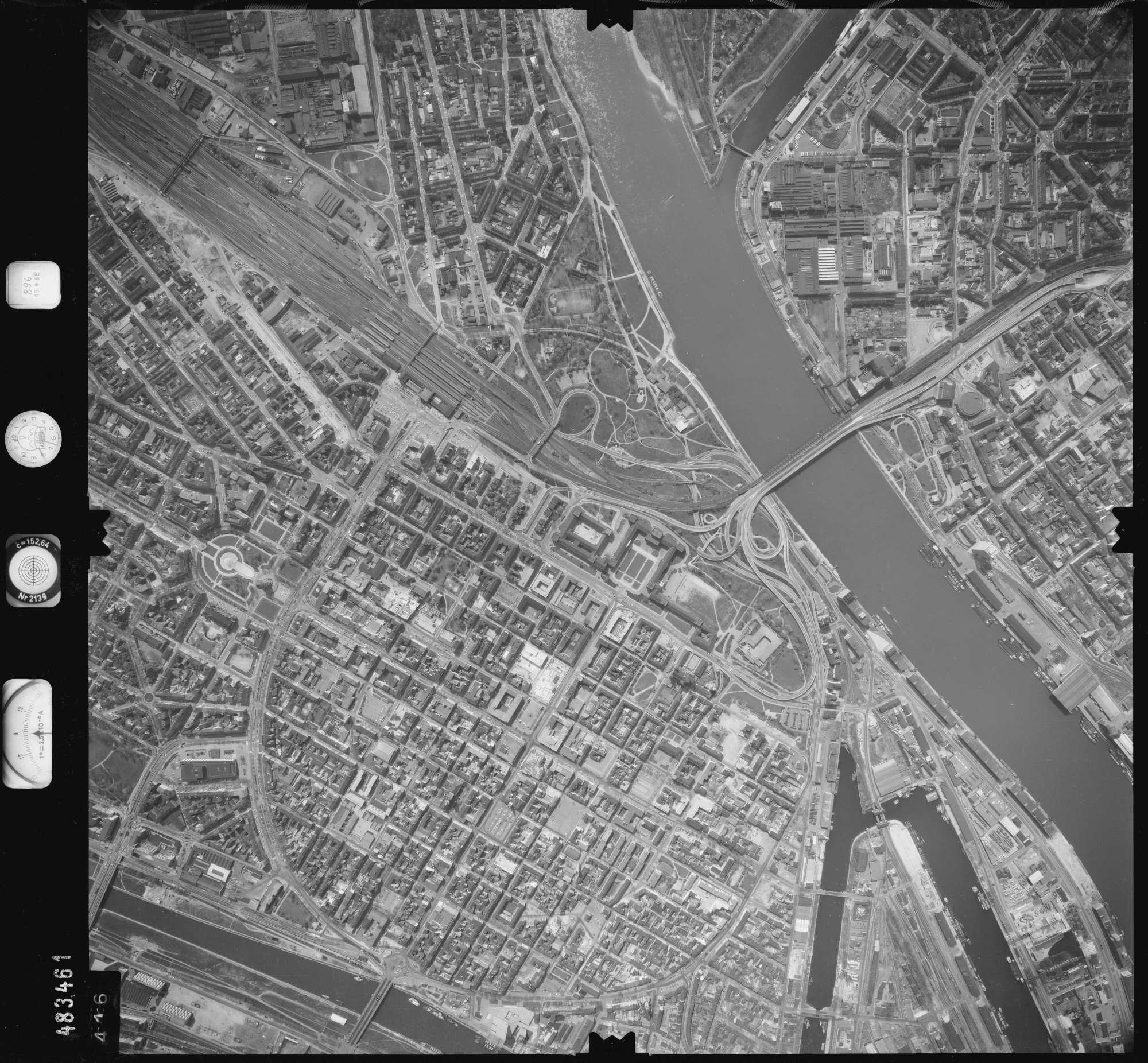 Luftbild: Film 896 Bildnr. 416, Bild 1