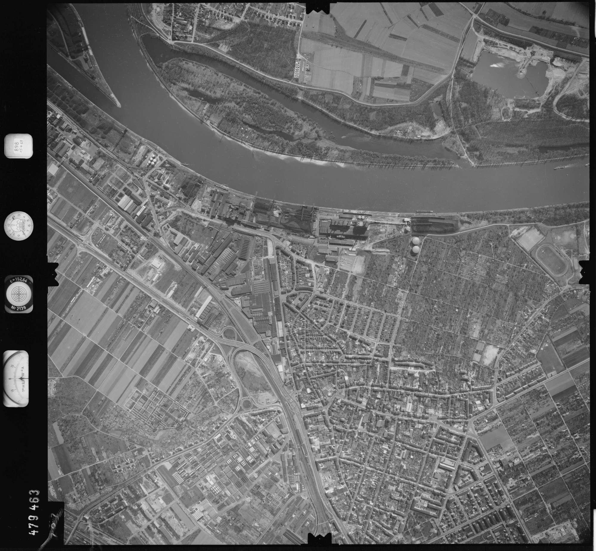 Luftbild: Film 898 Bildnr. 727, Bild 1