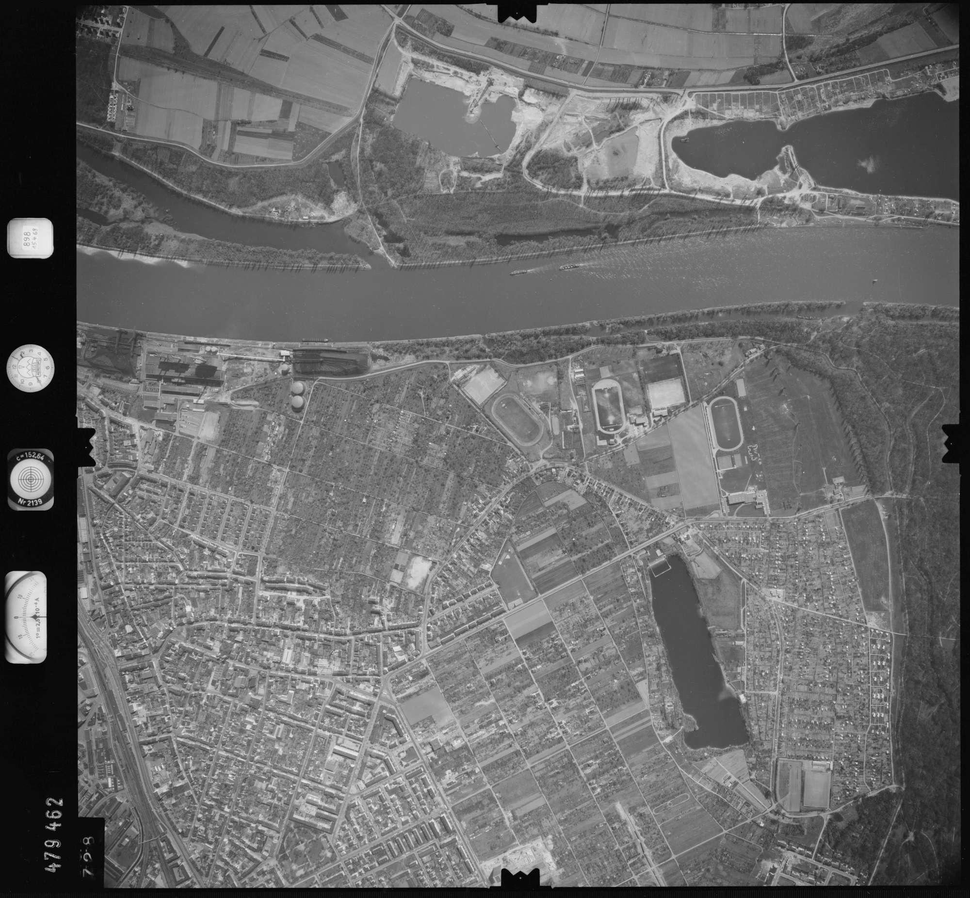 Luftbild: Film 898 Bildnr. 728, Bild 1