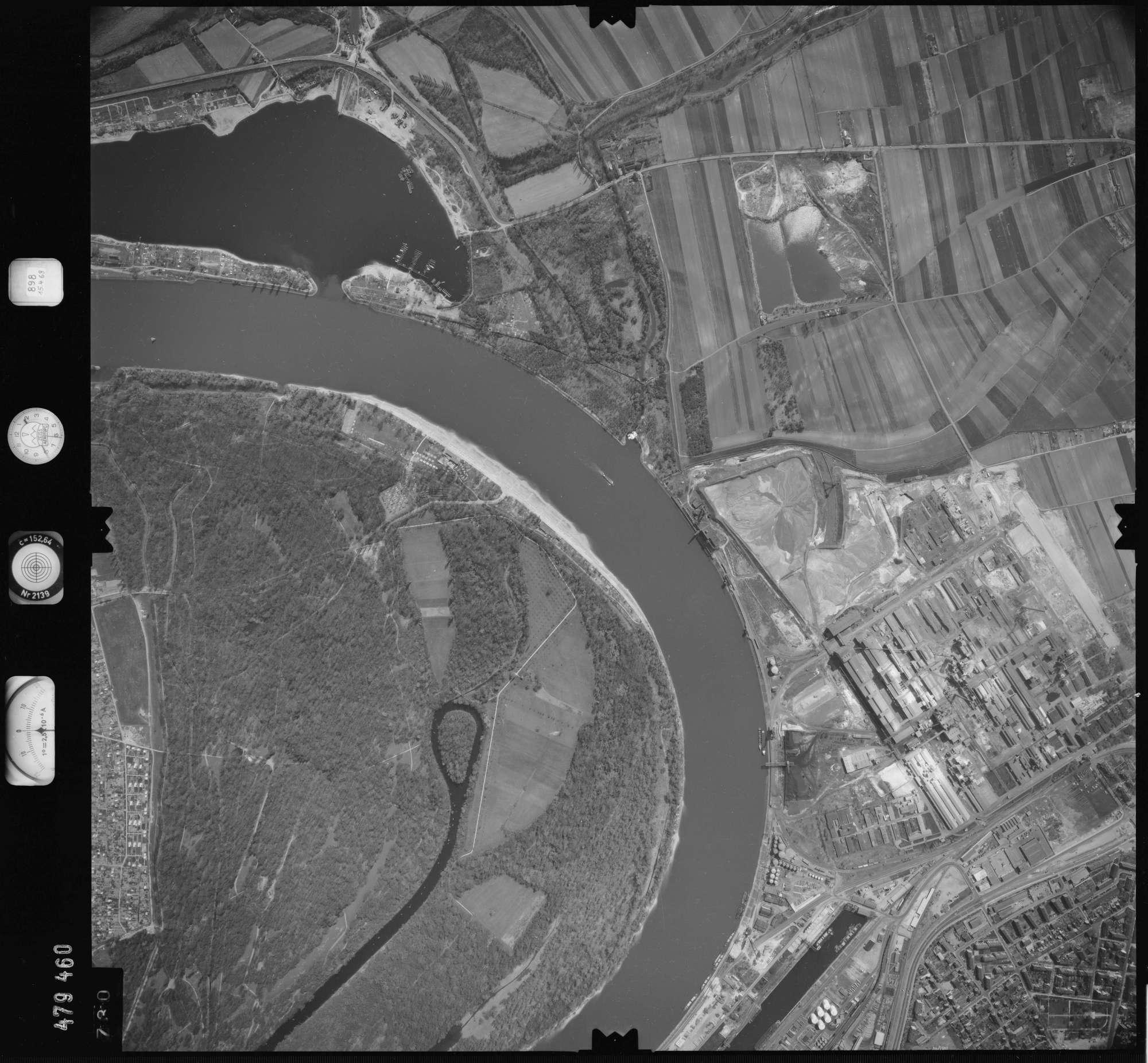 Luftbild: Film 898 Bildnr. 730, Bild 1