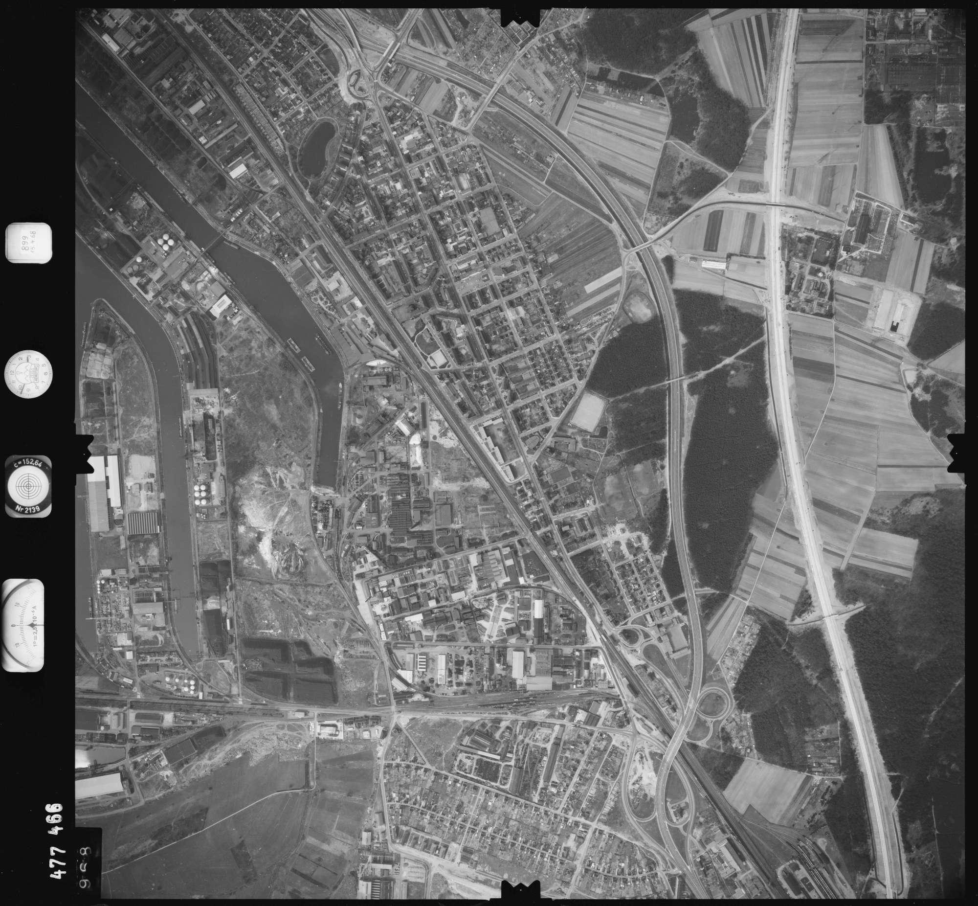 Luftbild: Film 899 Bildnr. 968, Bild 1