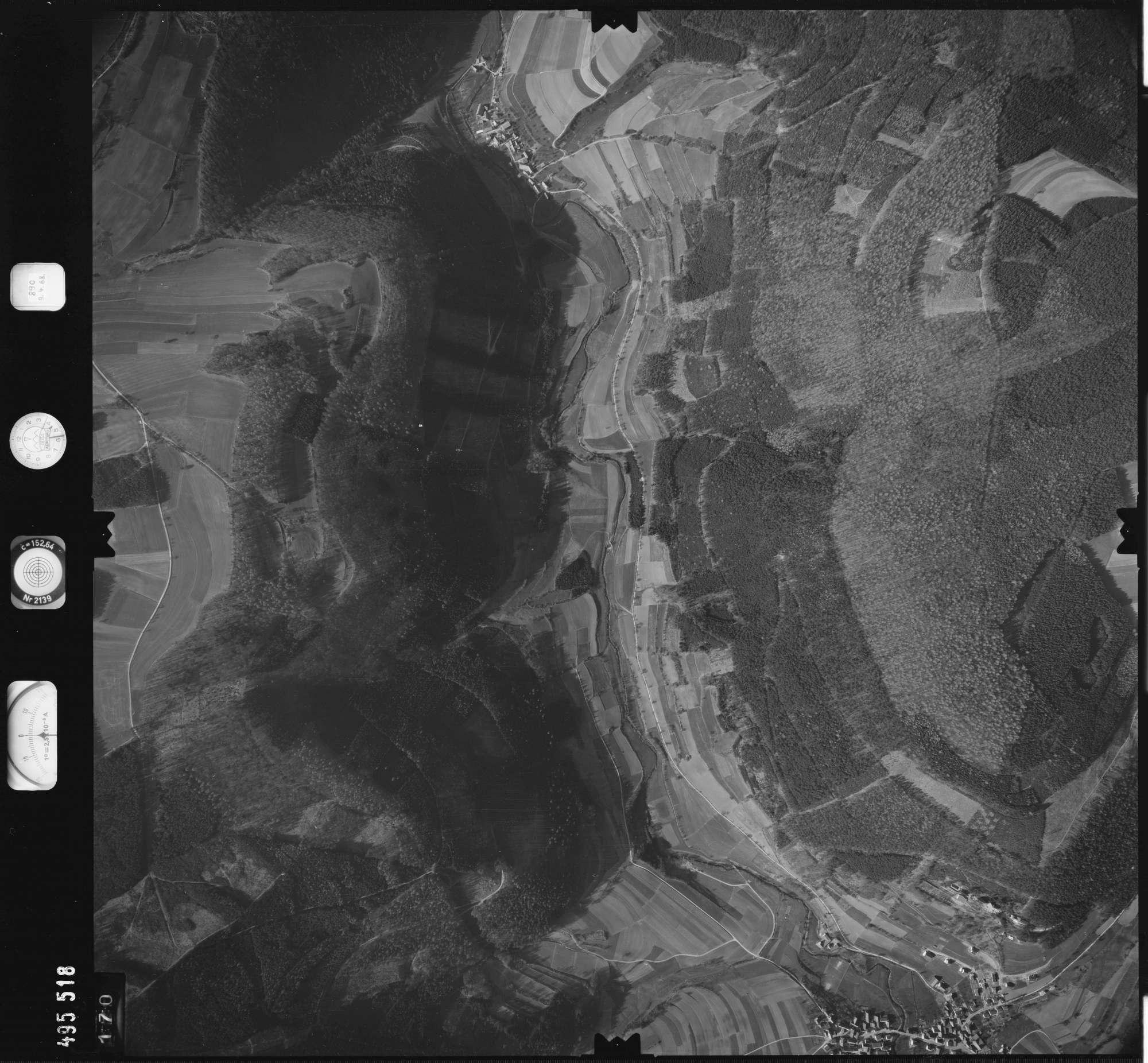 Luftbild: Film 889 Bildnr. 170, Bild 1