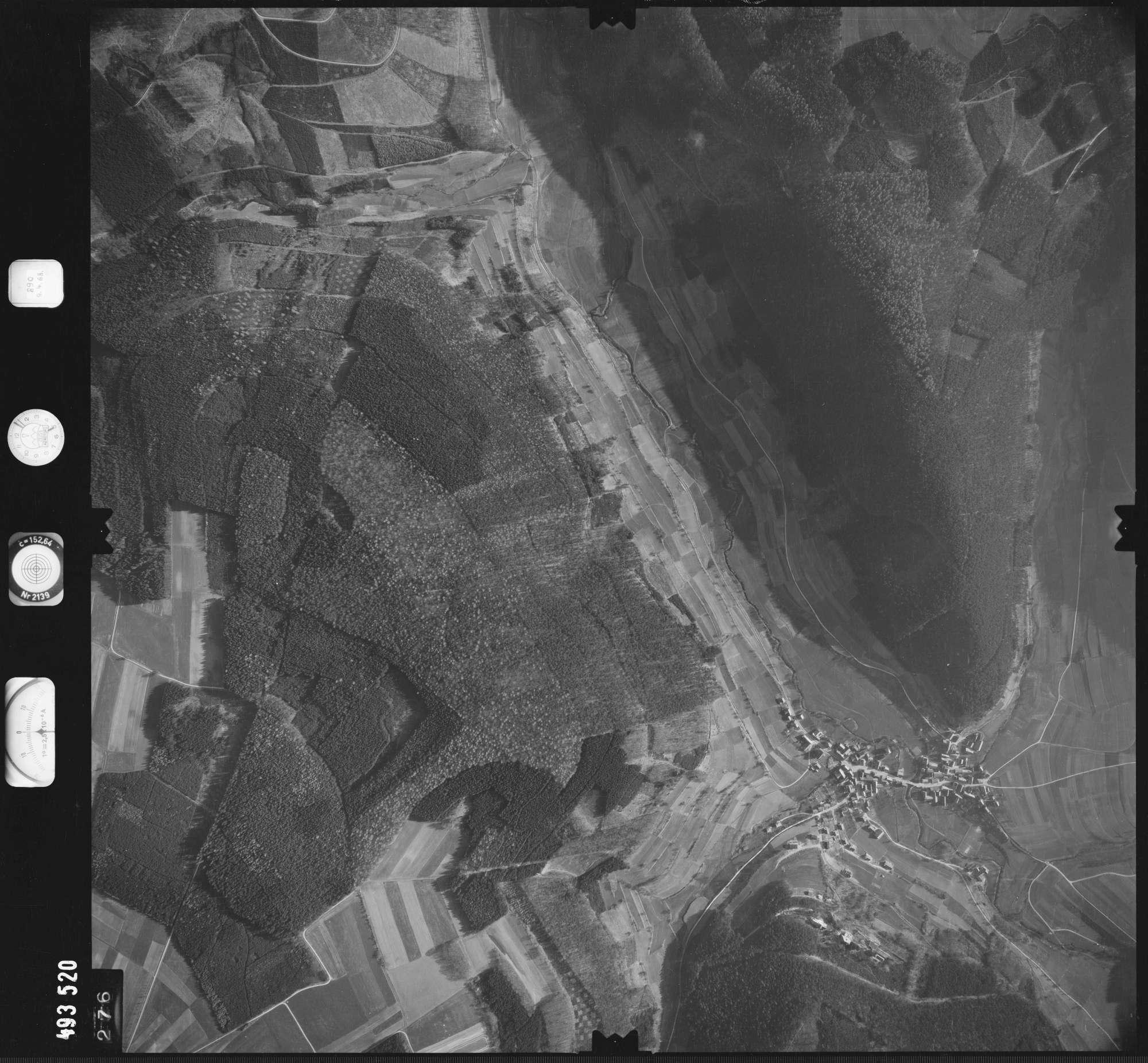 Luftbild: Film 889 Bildnr. 276, Bild 1