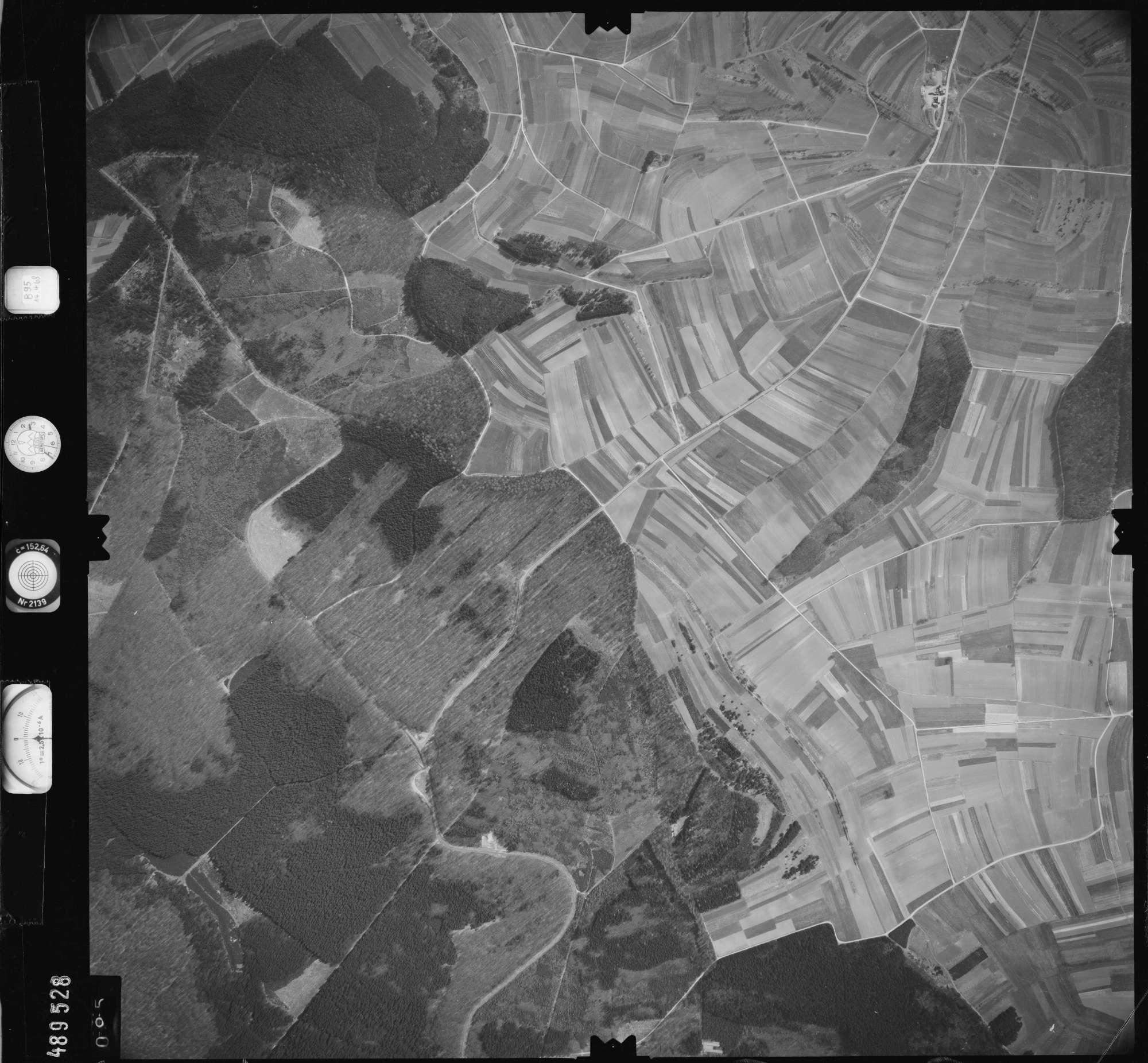 Luftbild: Film 895 Bildnr. 95, Bild 1