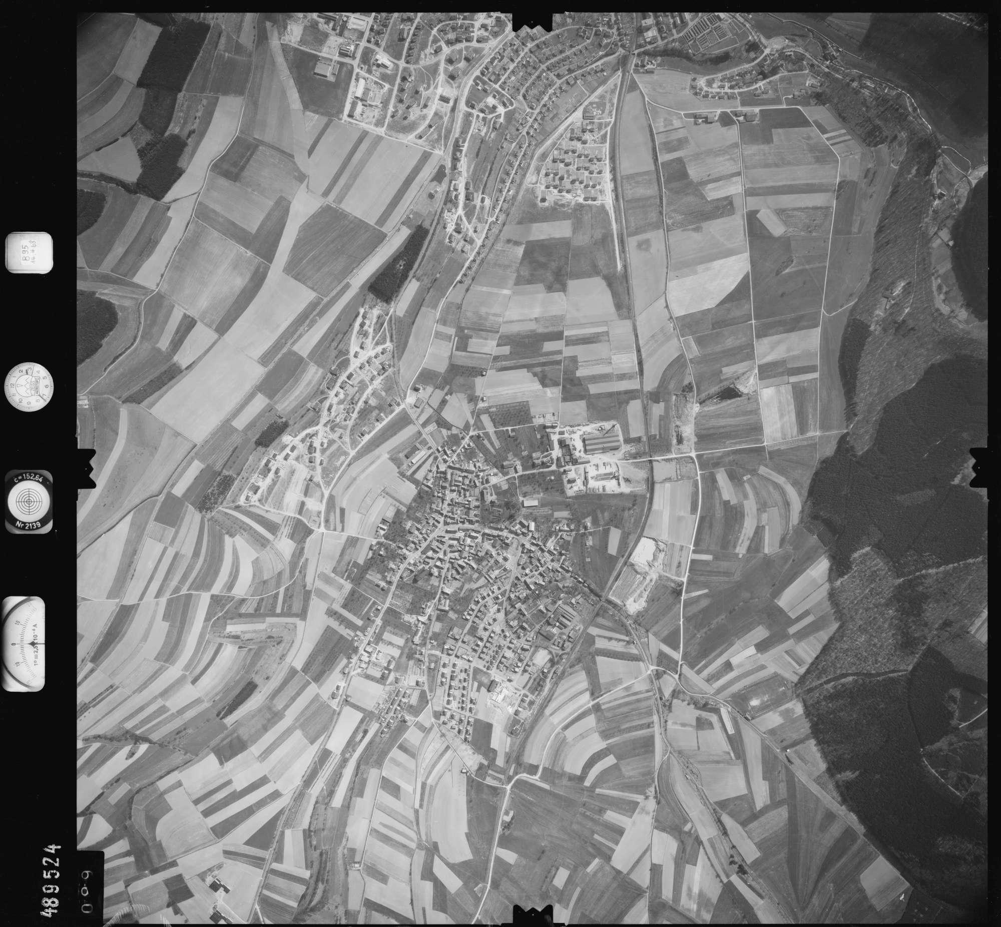 Luftbild: Film 895 Bildnr. 99, Bild 1