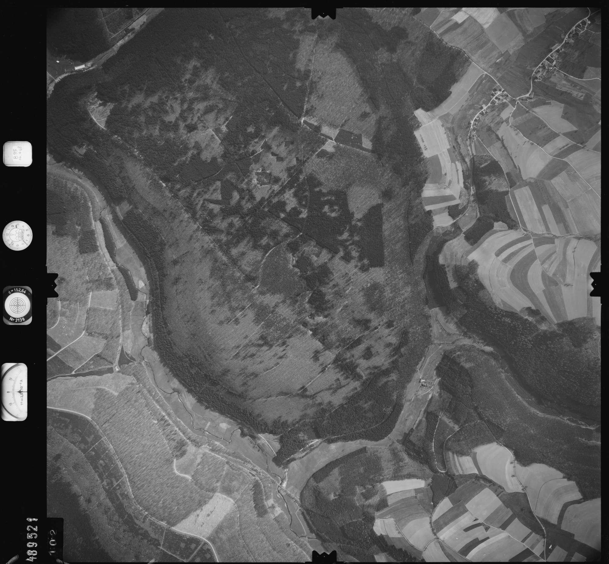 Luftbild: Film 895 Bildnr. 102, Bild 1