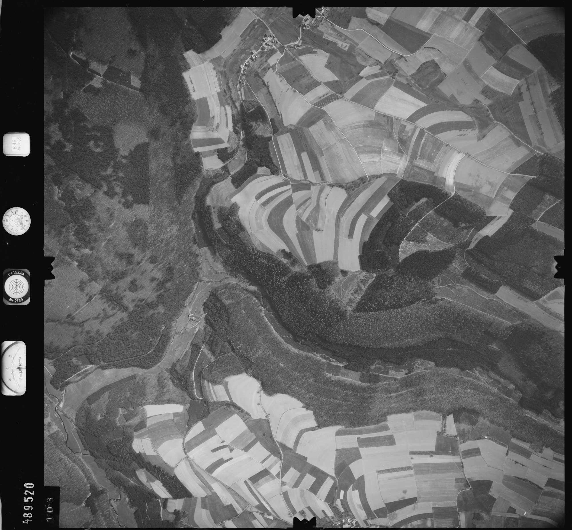 Luftbild: Film 895 Bildnr. 103, Bild 1