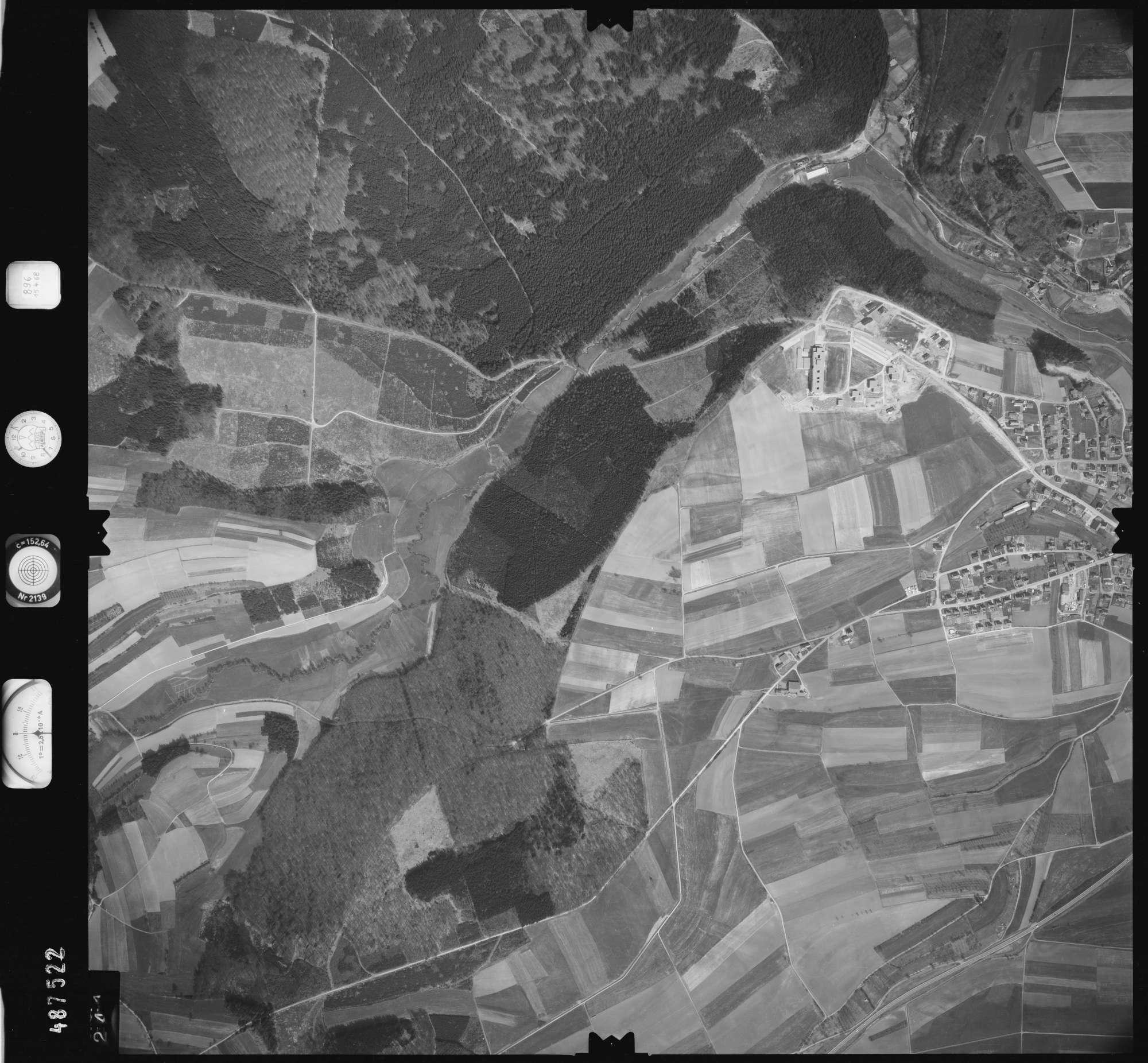 Luftbild: Film 896 Bildnr. 241, Bild 1
