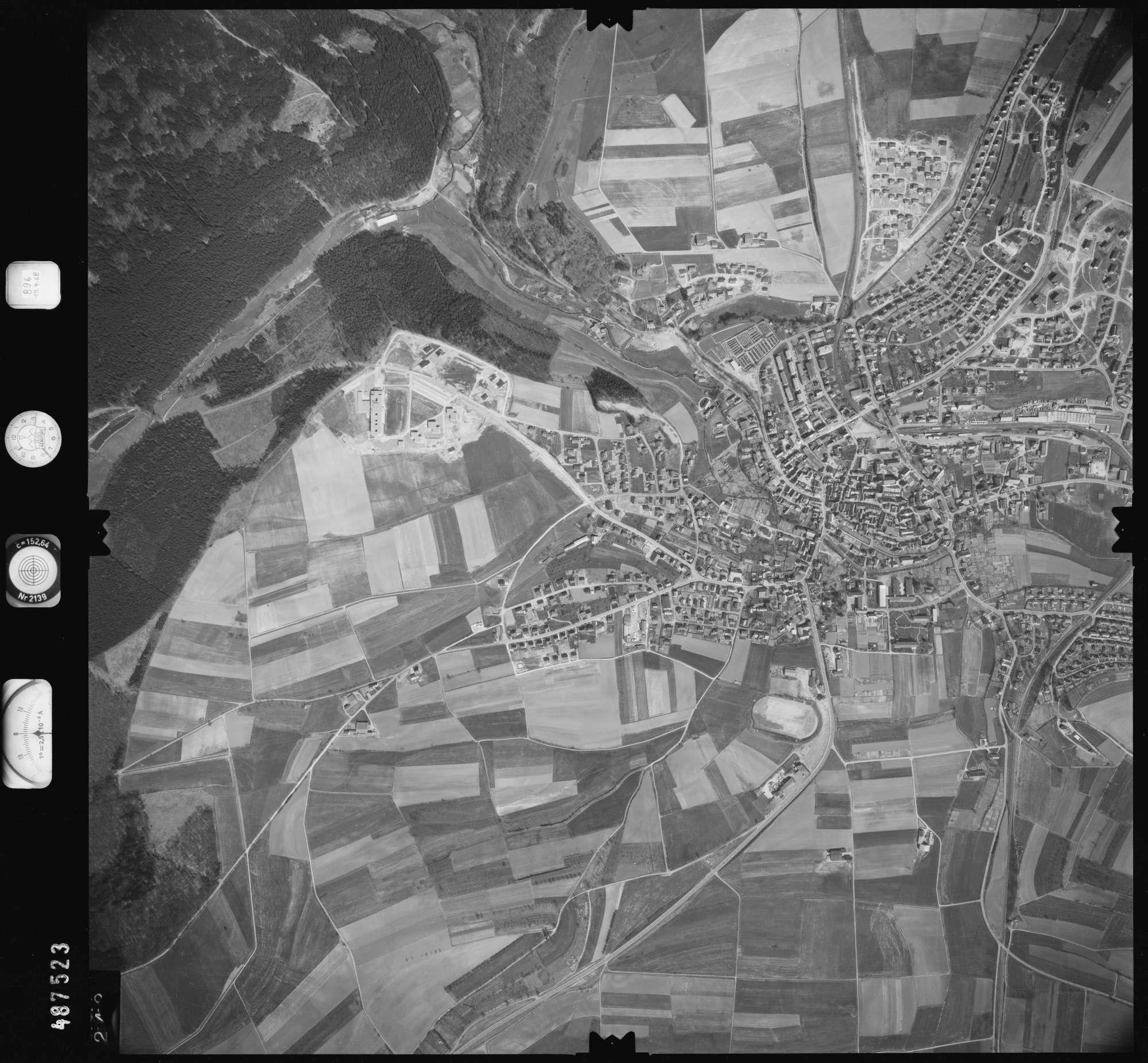 Luftbild: Film 896 Bildnr. 242, Bild 1