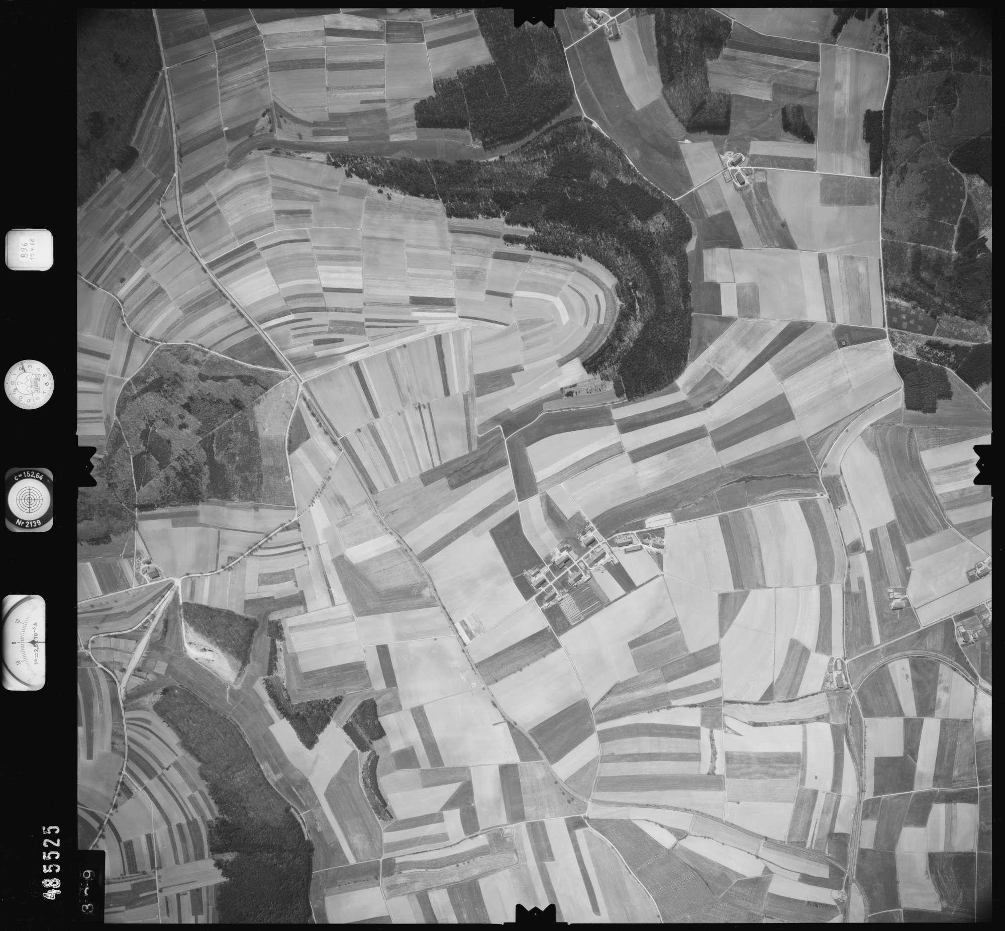 Luftbild: Film 896 Bildnr. 339, Bild 1