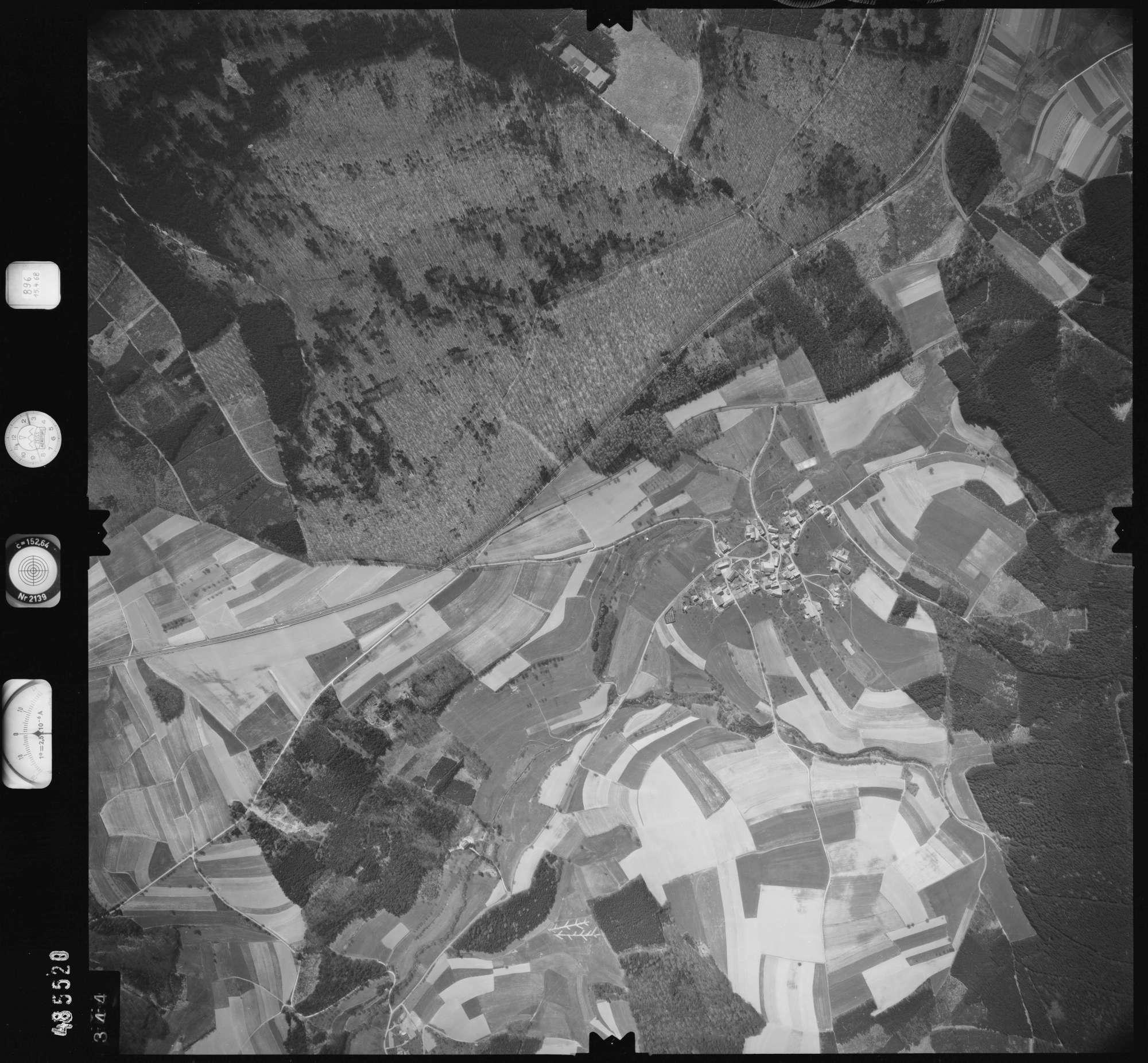 Luftbild: Film 896 Bildnr. 344, Bild 1