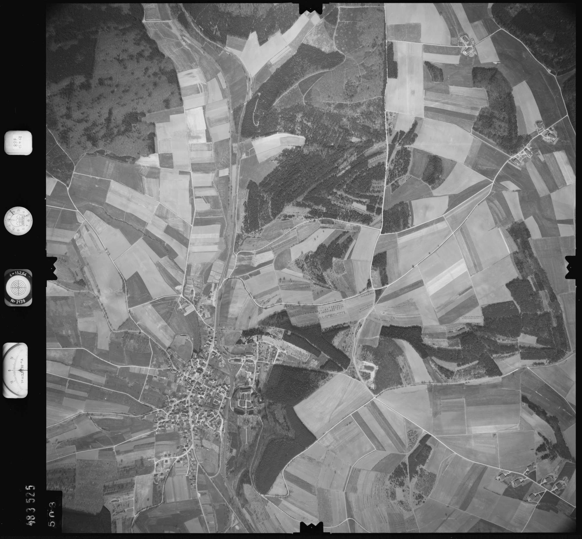 Luftbild: Film 897 Bildnr. 503, Bild 1