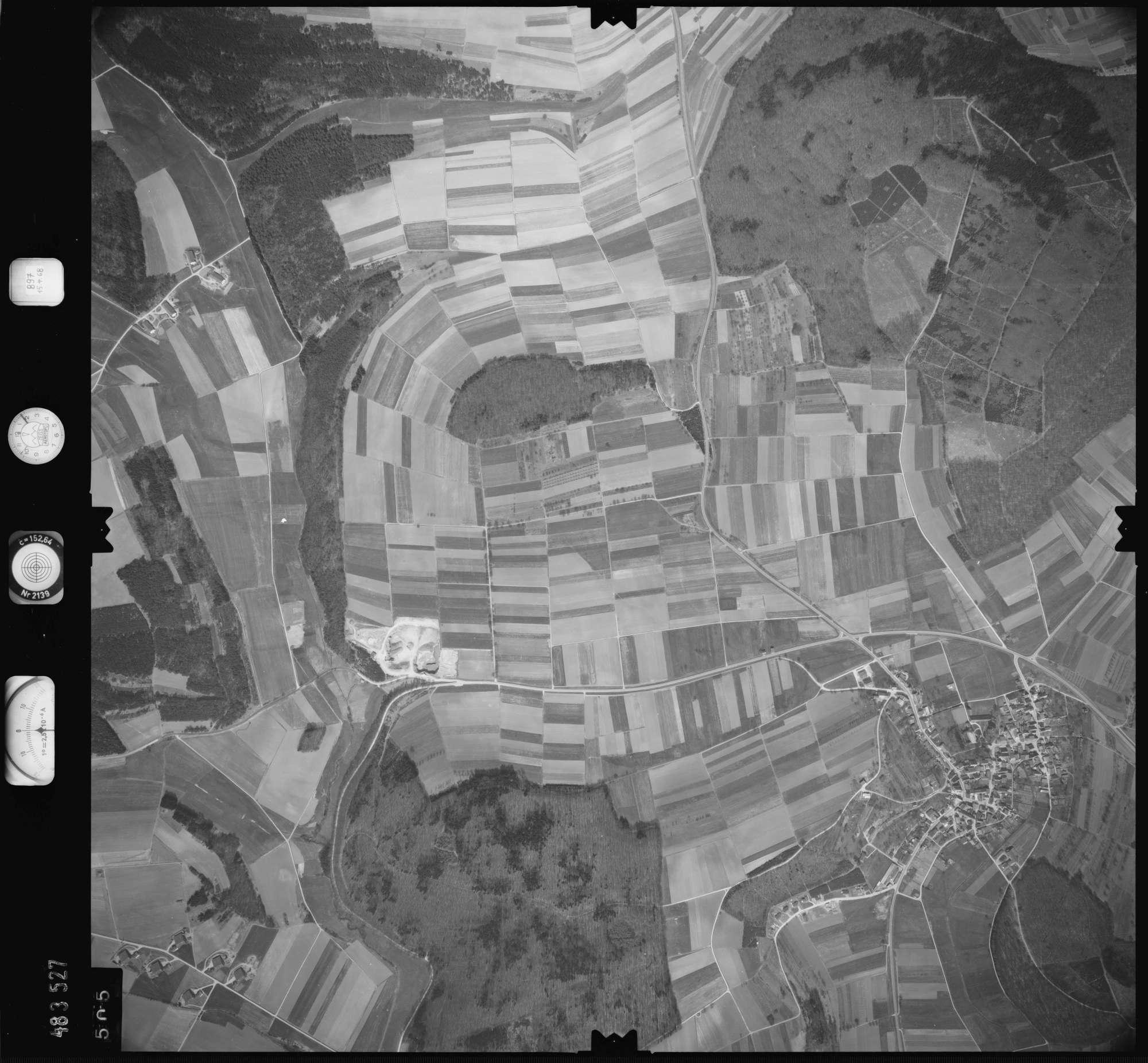 Luftbild: Film 897 Bildnr. 505, Bild 1
