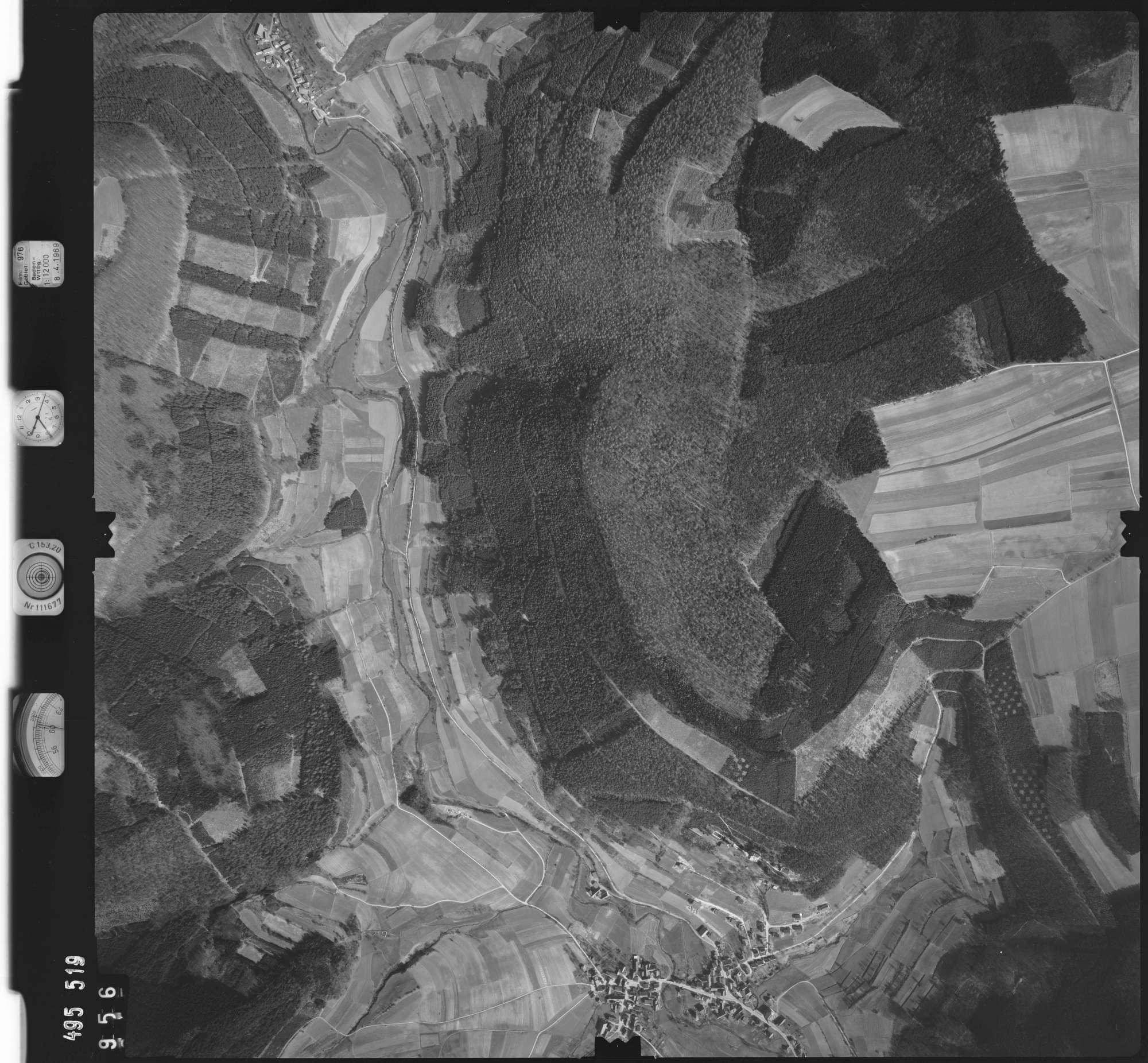 Luftbild: Film 976 Bildnr. 956, Bild 1