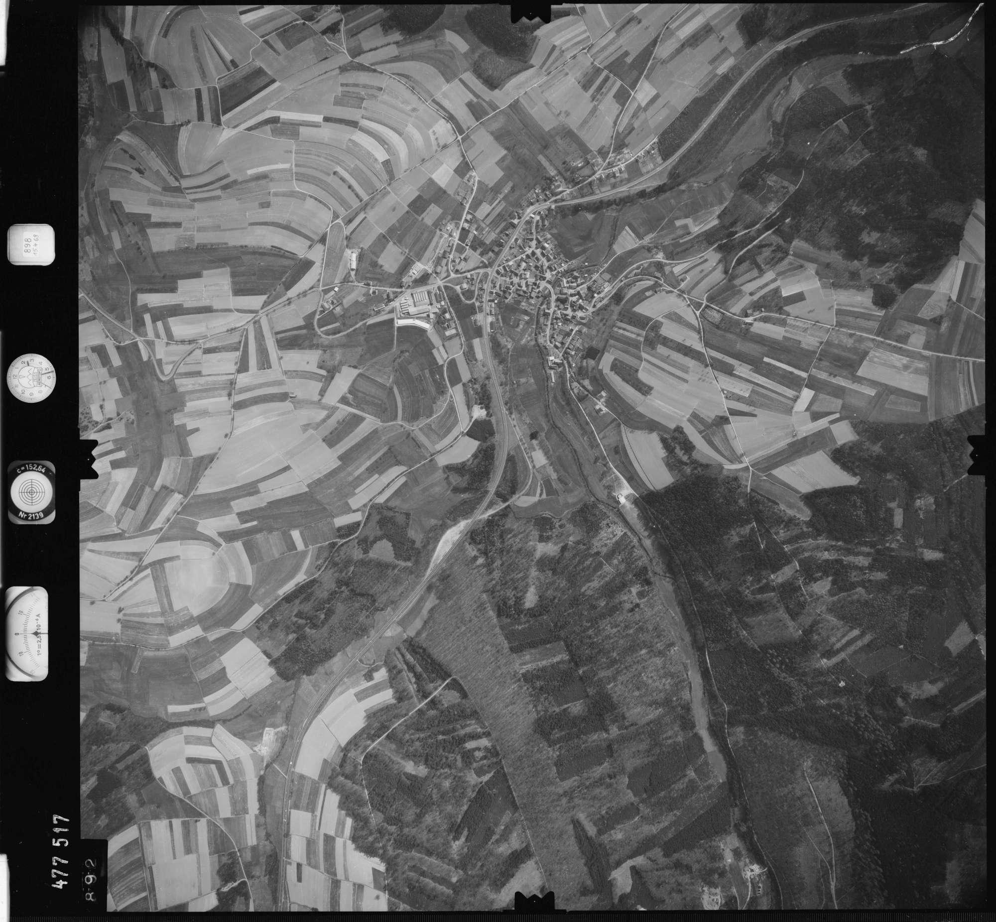 Luftbild: Film 898 Bildnr. 892, Bild 1