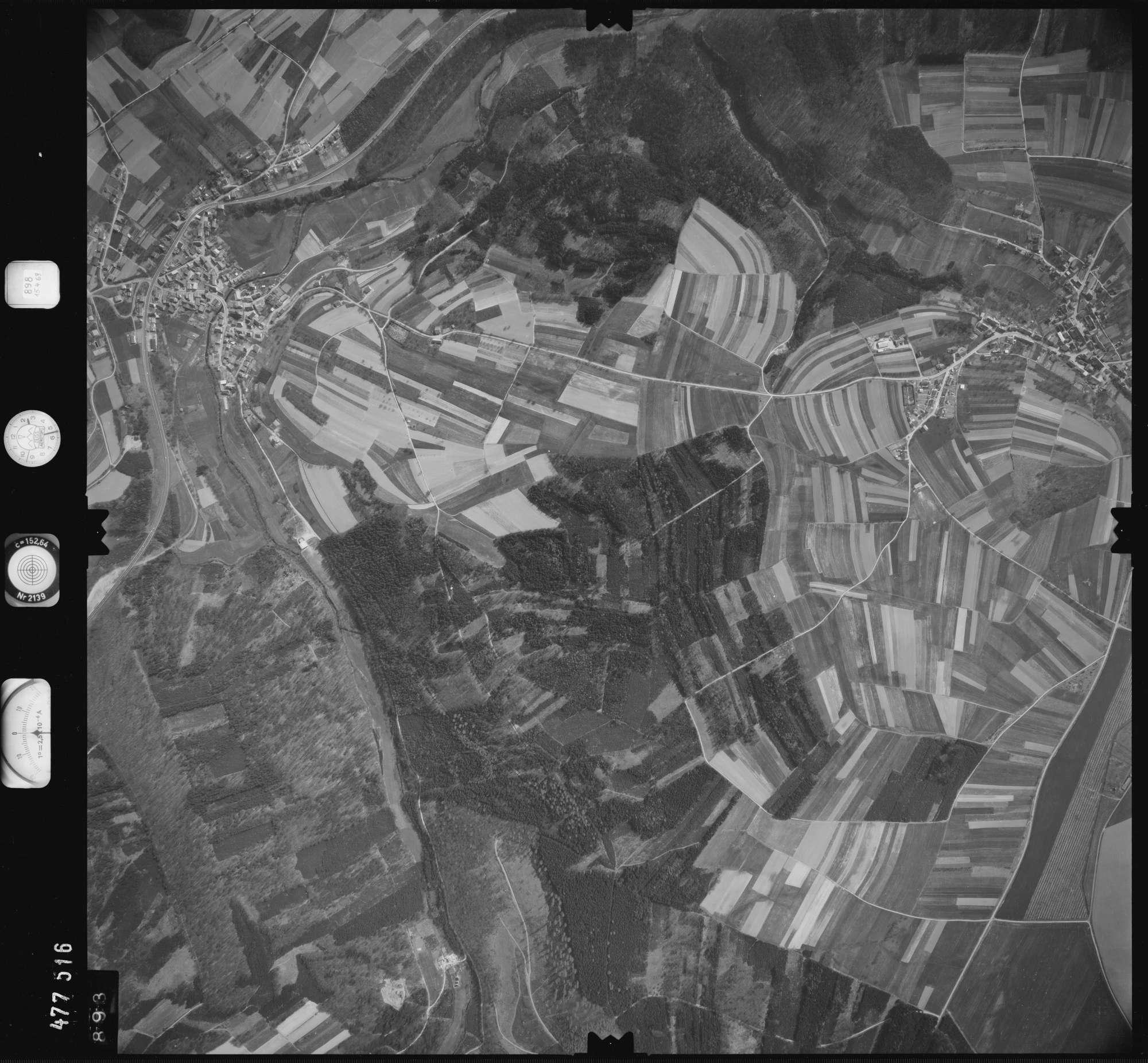 Luftbild: Film 898 Bildnr. 893, Bild 1