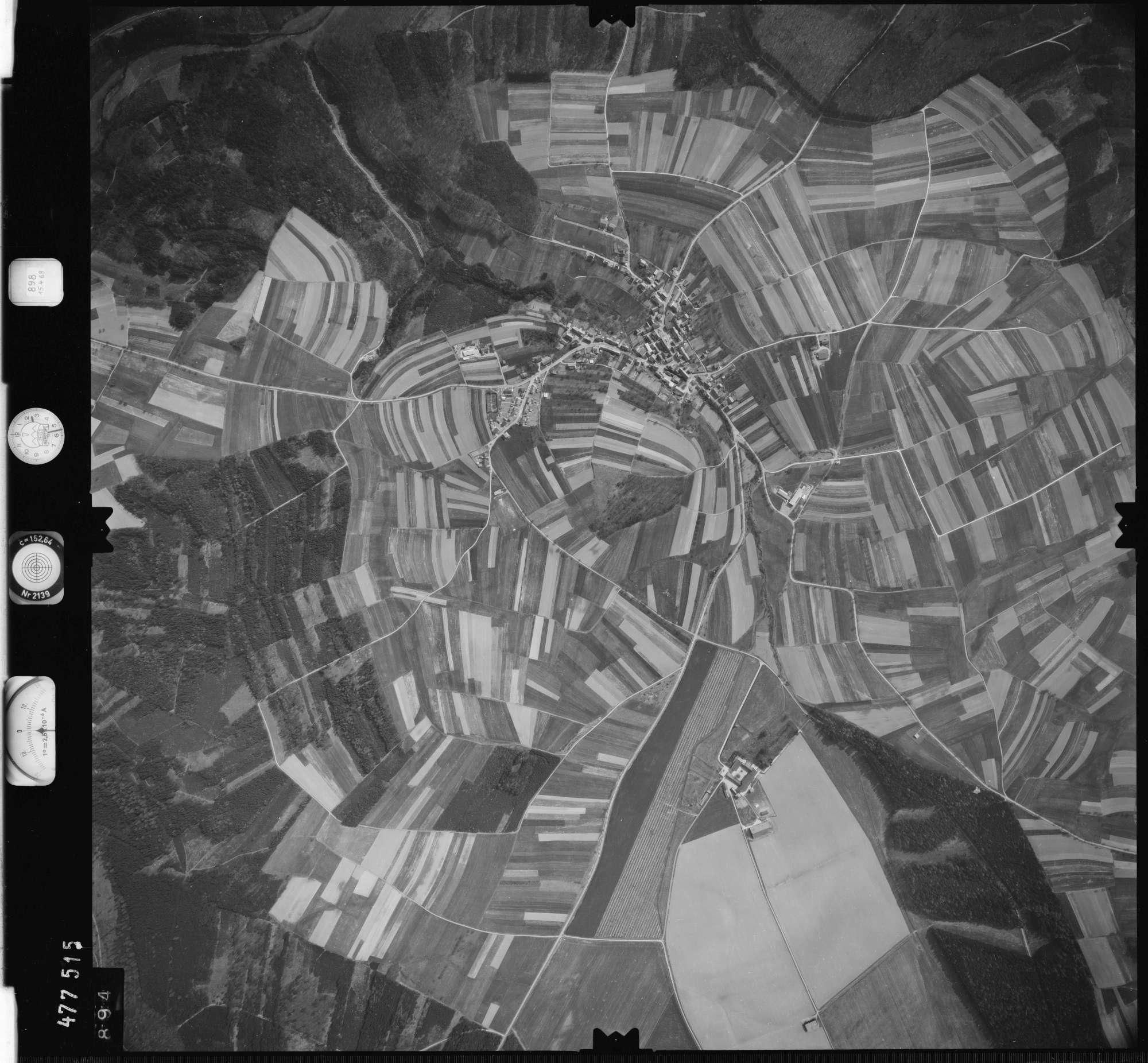 Luftbild: Film 898 Bildnr. 894, Bild 1