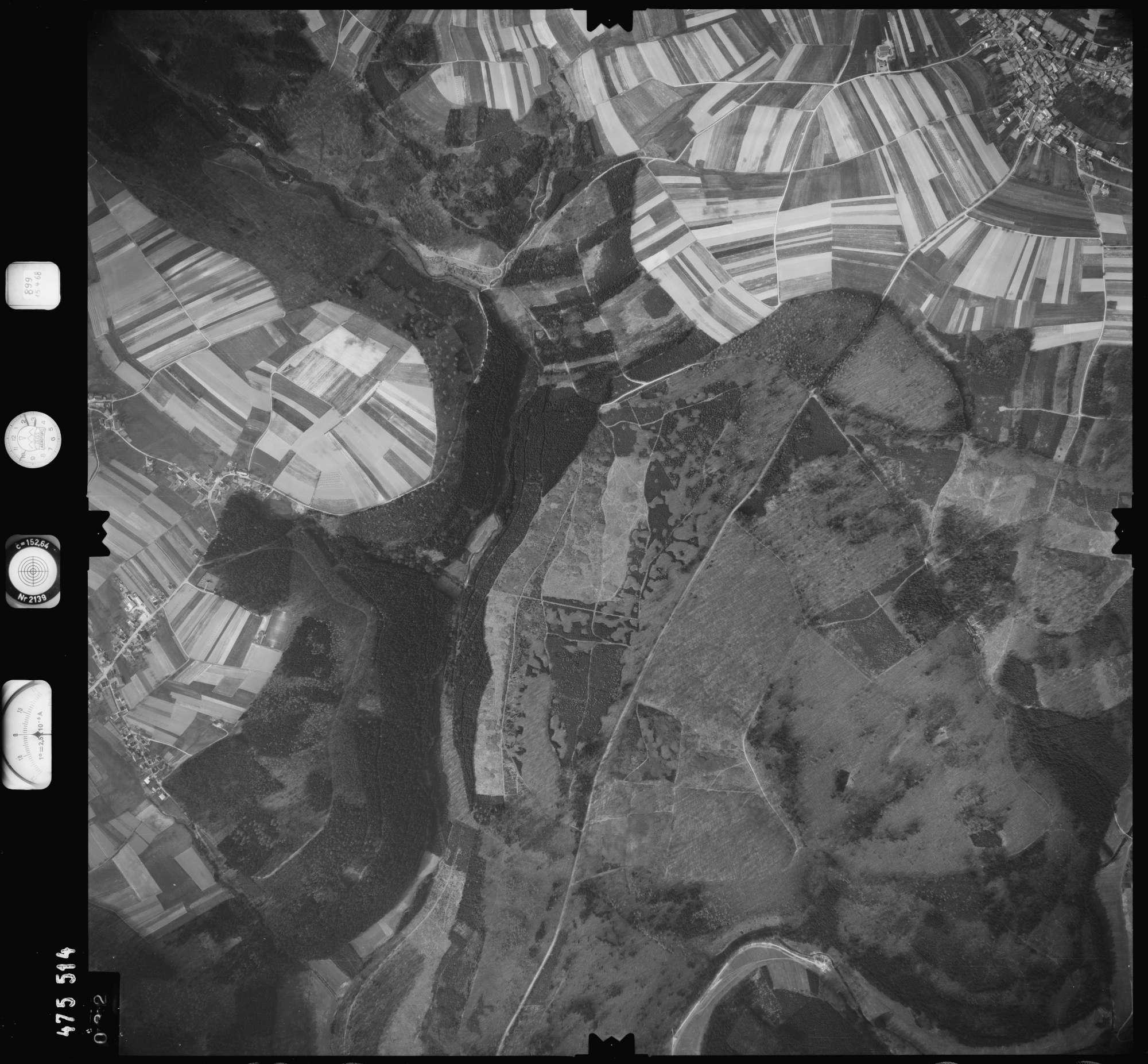 Luftbild: Film 899 Bildnr. 32, Bild 1