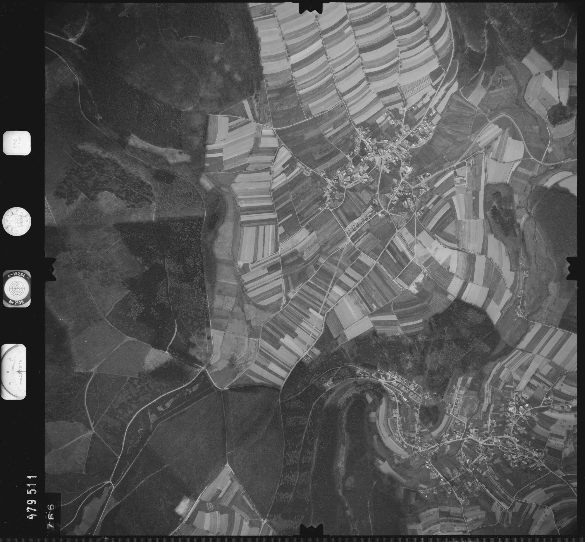 Luftbild: Film 898 Bildnr. 766, Bild 1