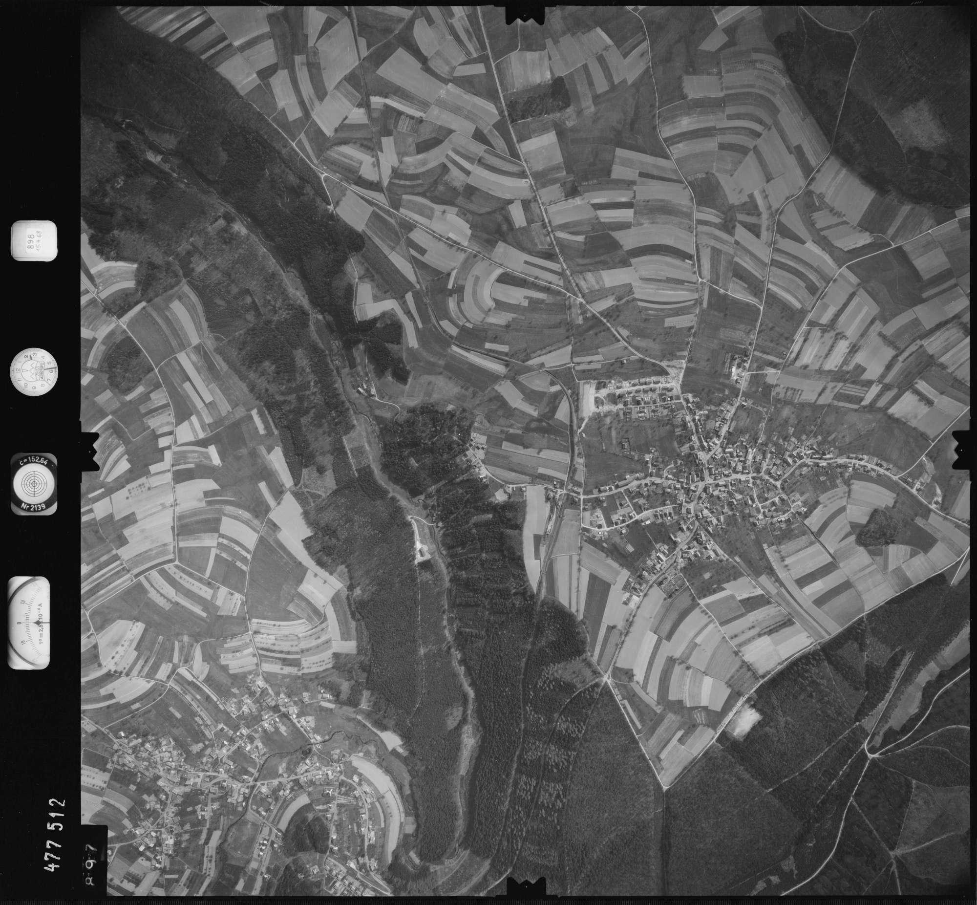 Luftbild: Film 898 Bildnr. 897, Bild 1