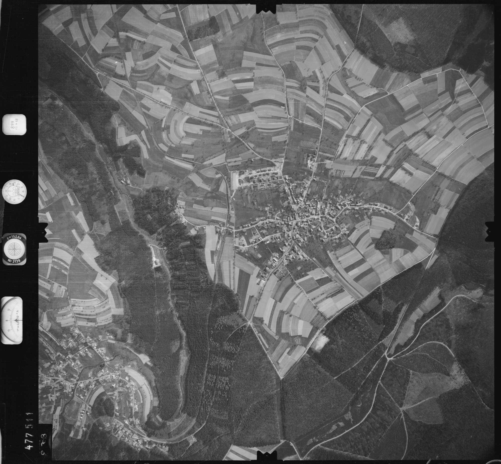 Luftbild: Film 899 Bildnr. 933, Bild 1
